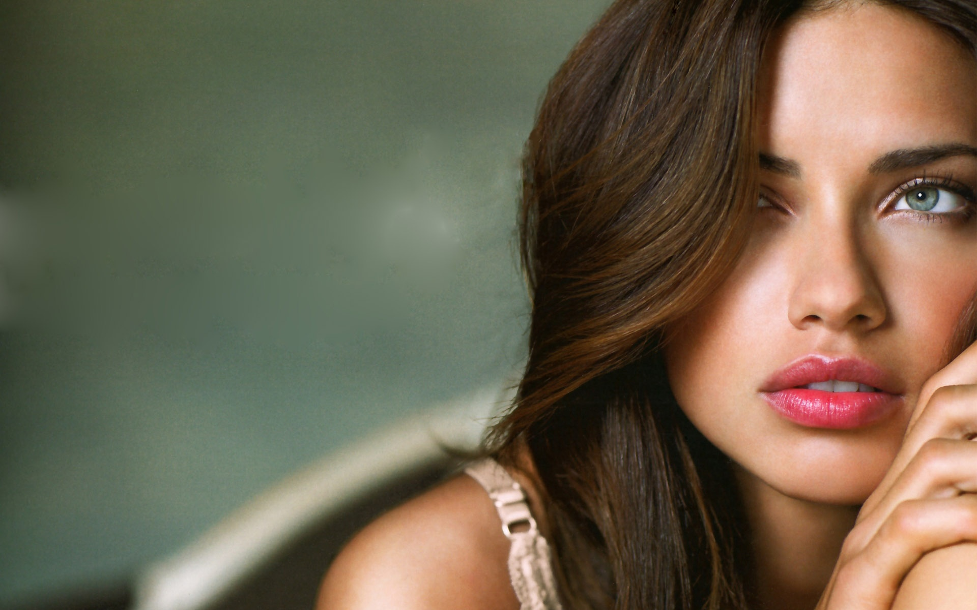Adriana Lima Wide Screen x All For Desktop