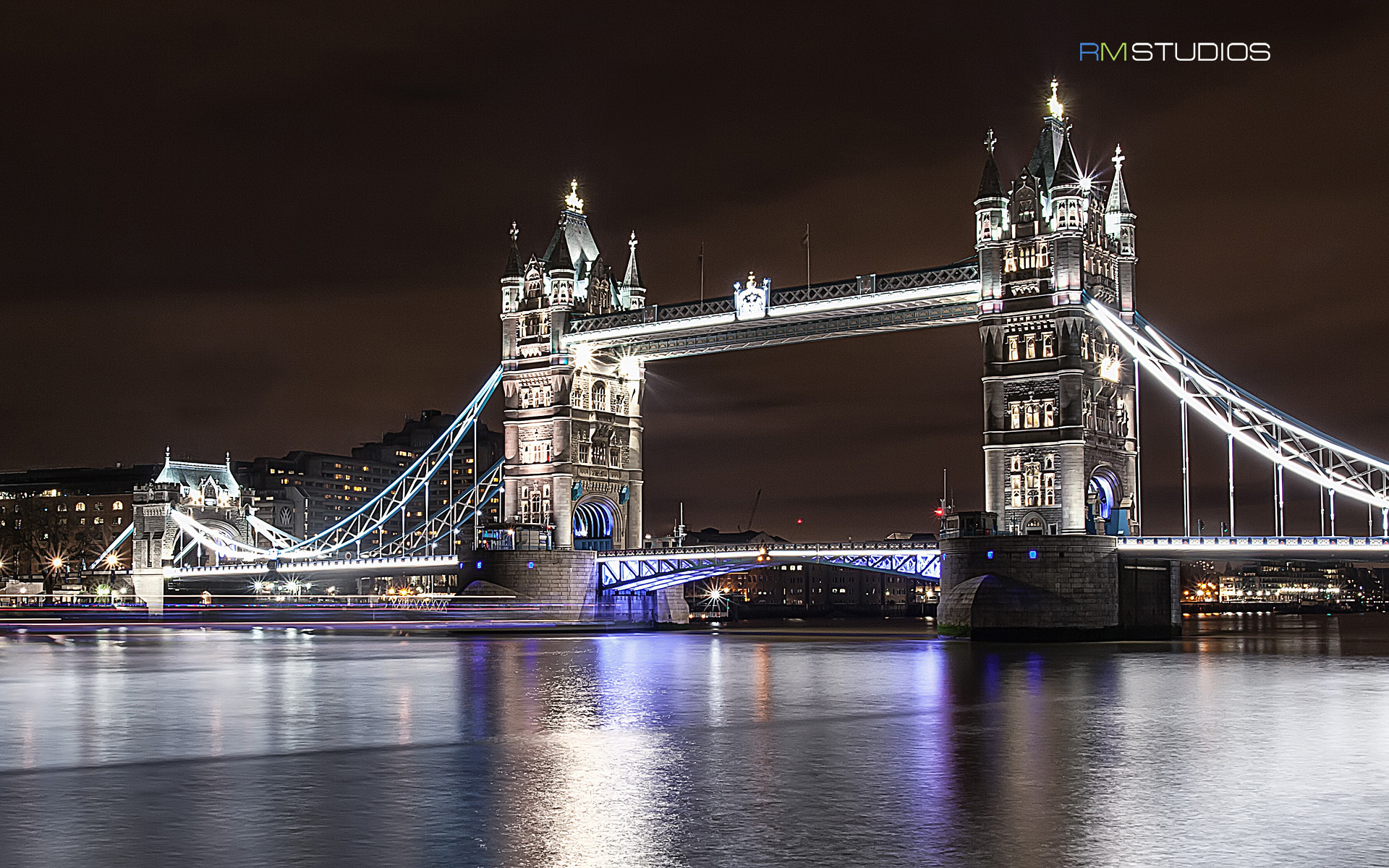 Tower Bridge at Night 764.25 Kb