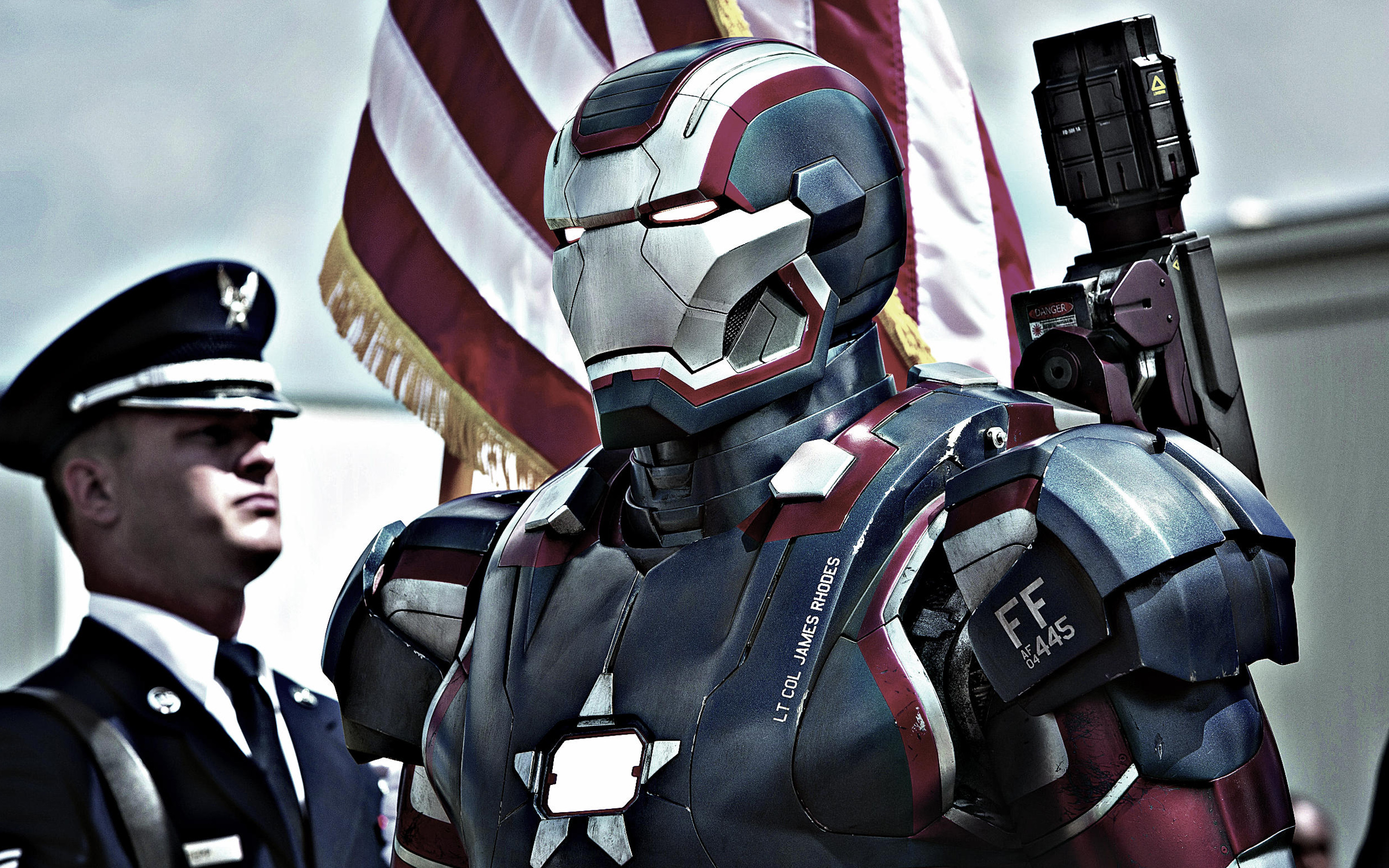 Iron Patriot in Iron Man 3 119.91 Kb