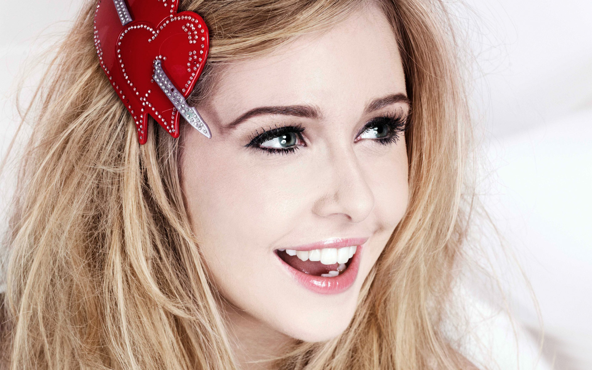 Diana Vickers 352.53 Kb