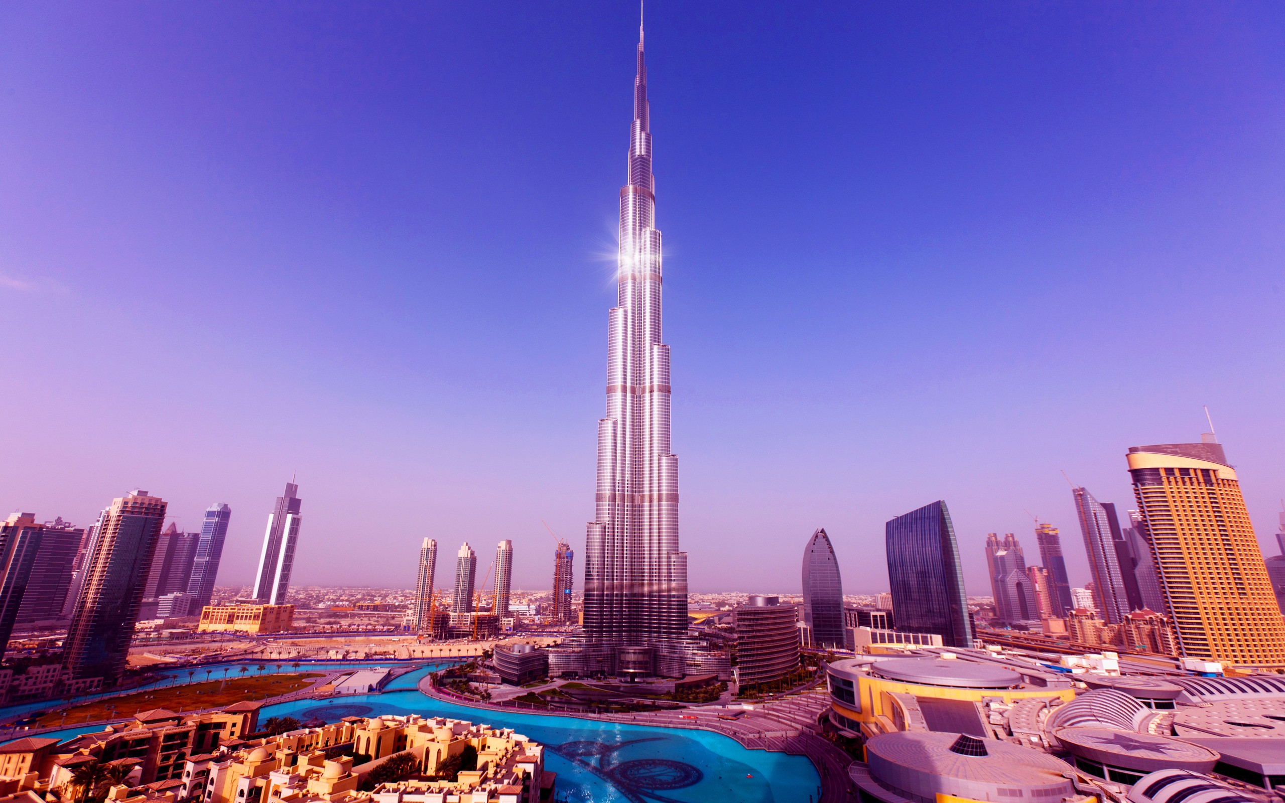 World's Tallest Tower Burj Khalifa 5606.9 Kb