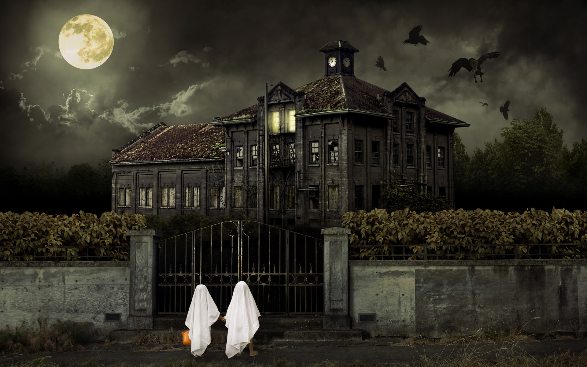 Halloween Scary House