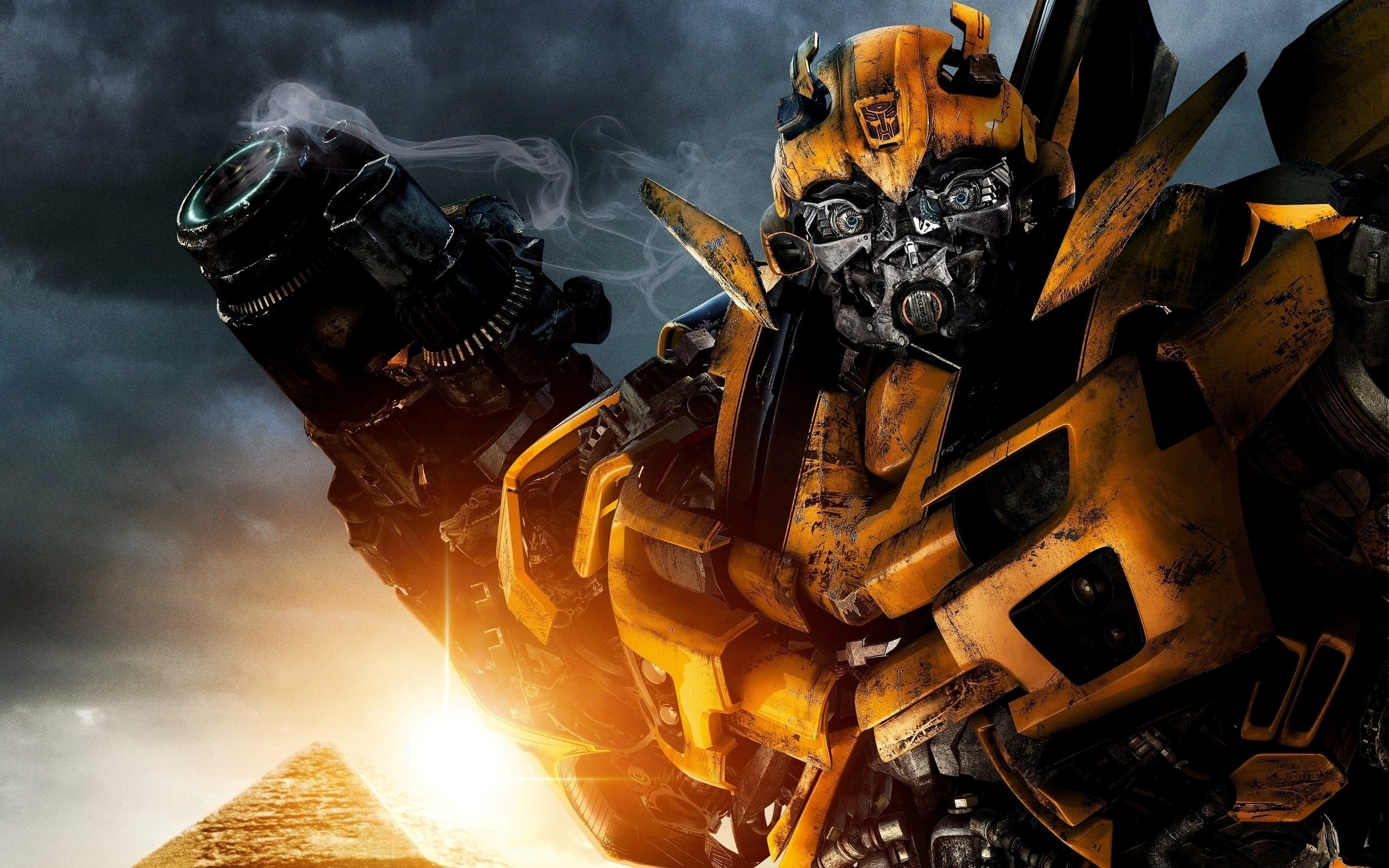 Bumblebee In Transformers 2 668.61 Kb
