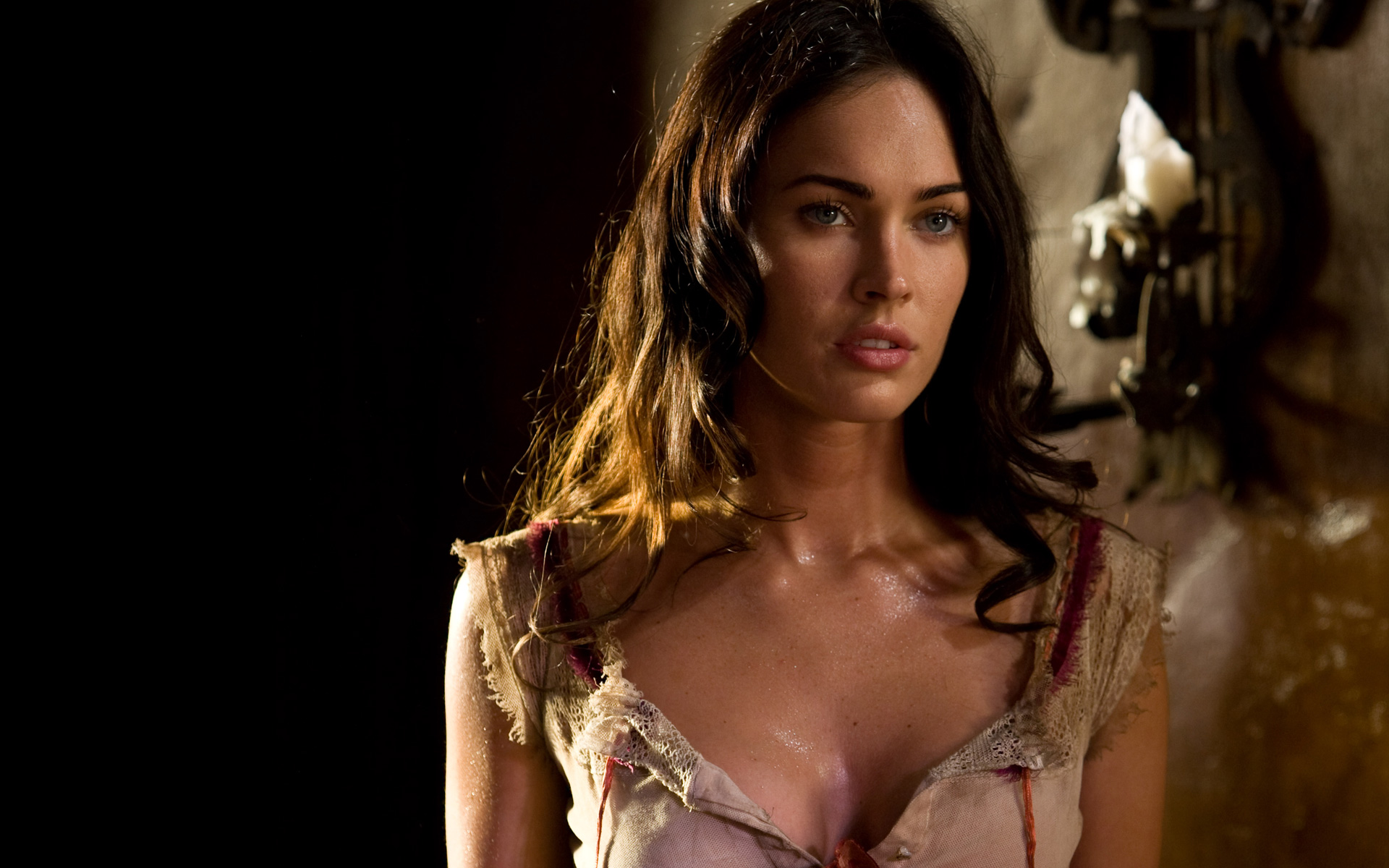 Megan Fox in Jonah Hex 655.04 Kb