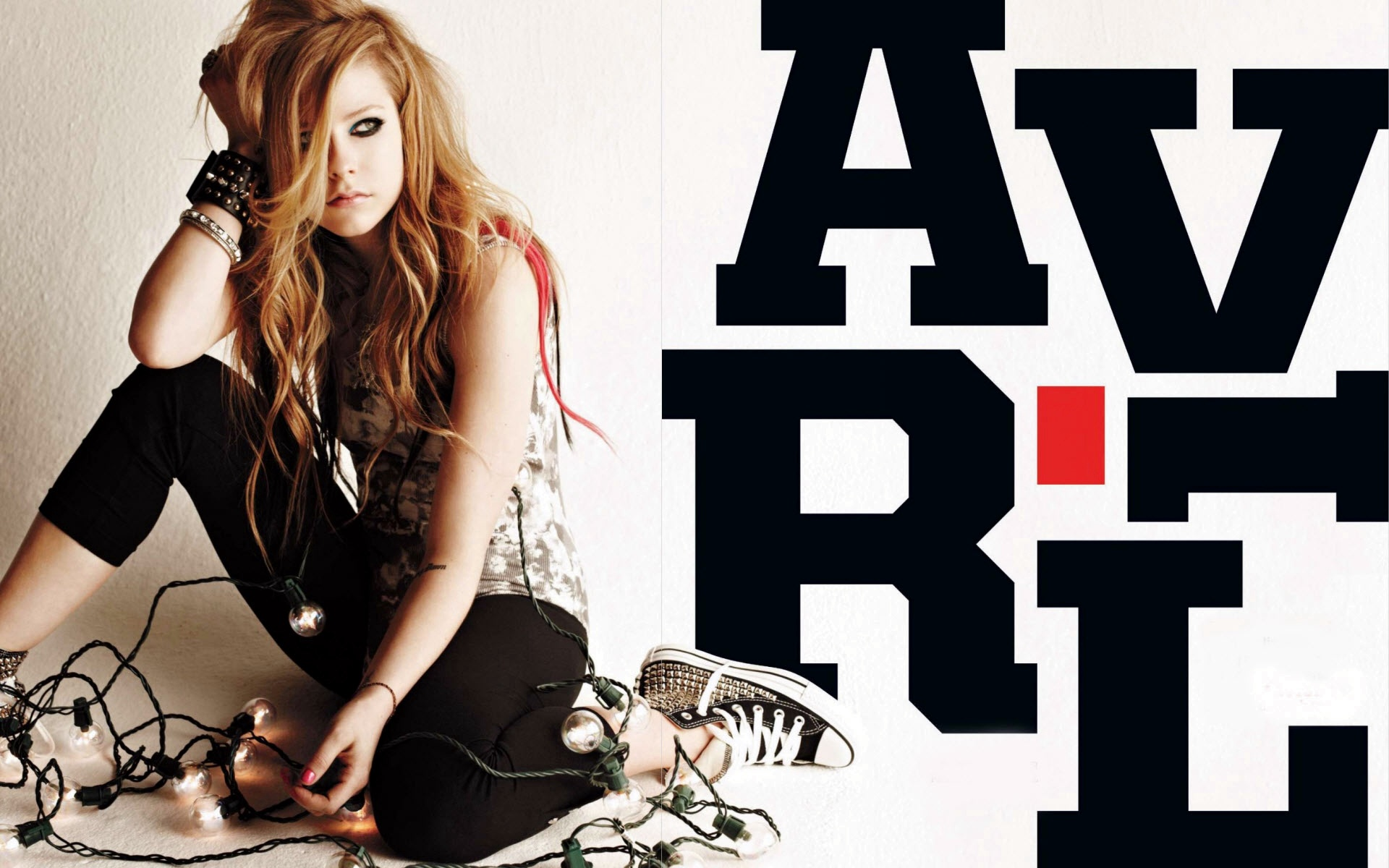 Avril Lavigne 2010 Widescreen