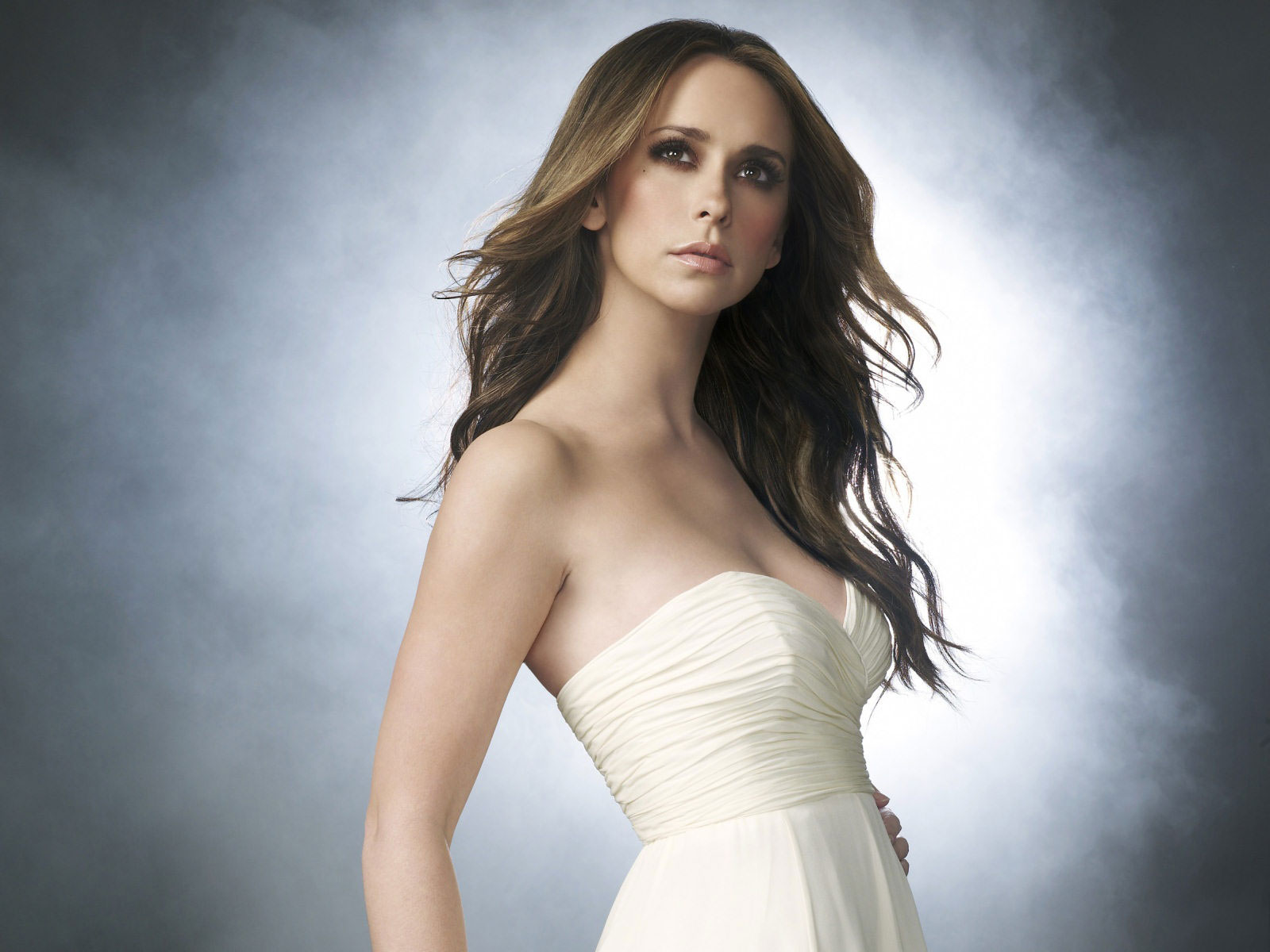 Jennifer Love Hewitt 26