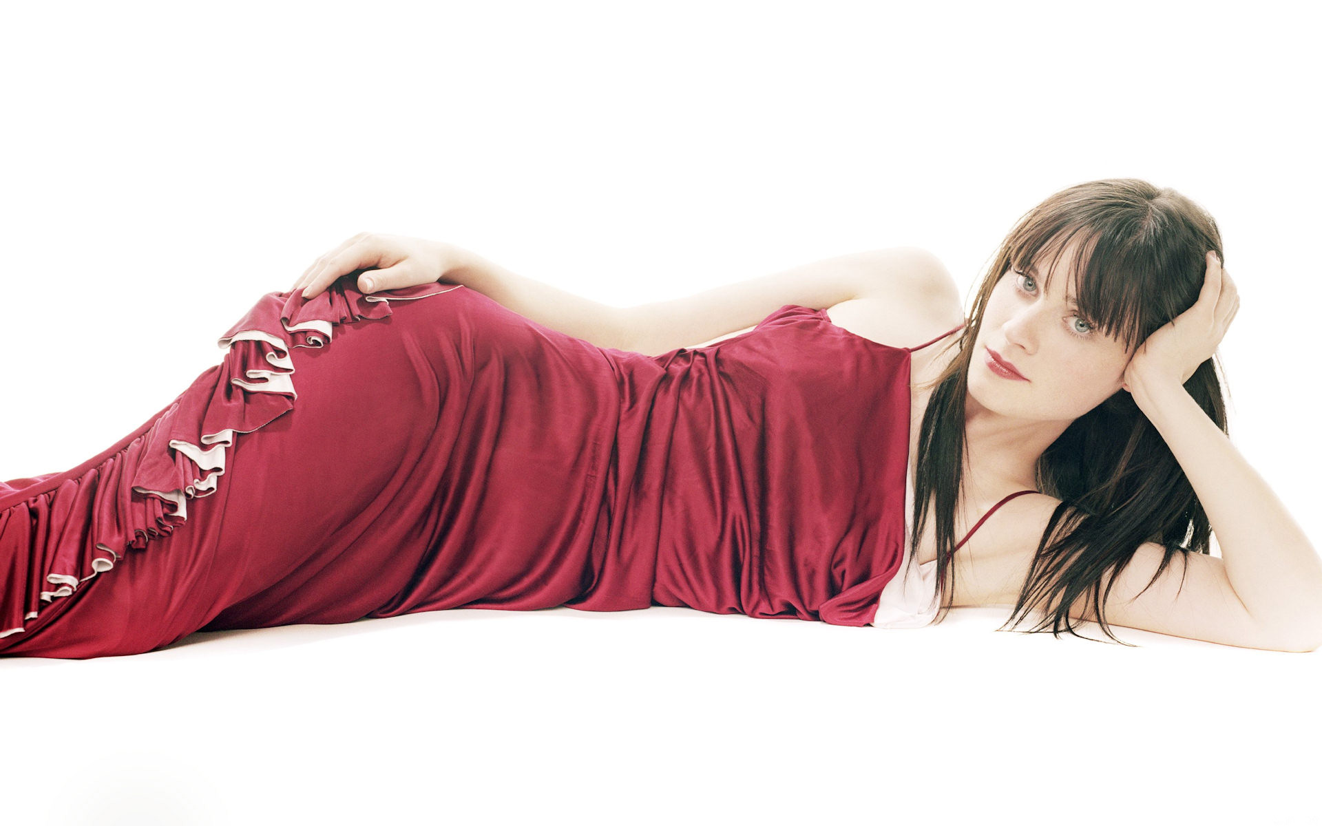 Zooey Deschanel Widescreen 287.58 Kb