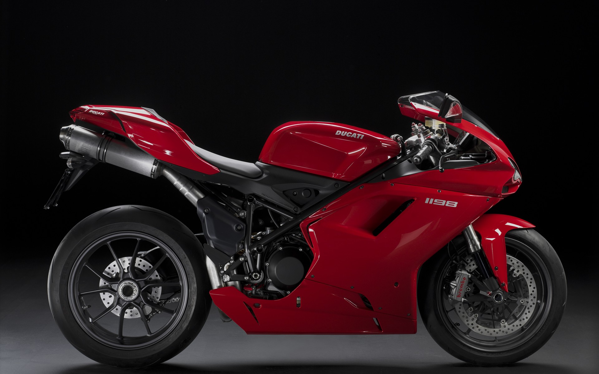 Ducati 1198 Super Bike 198.18 Kb