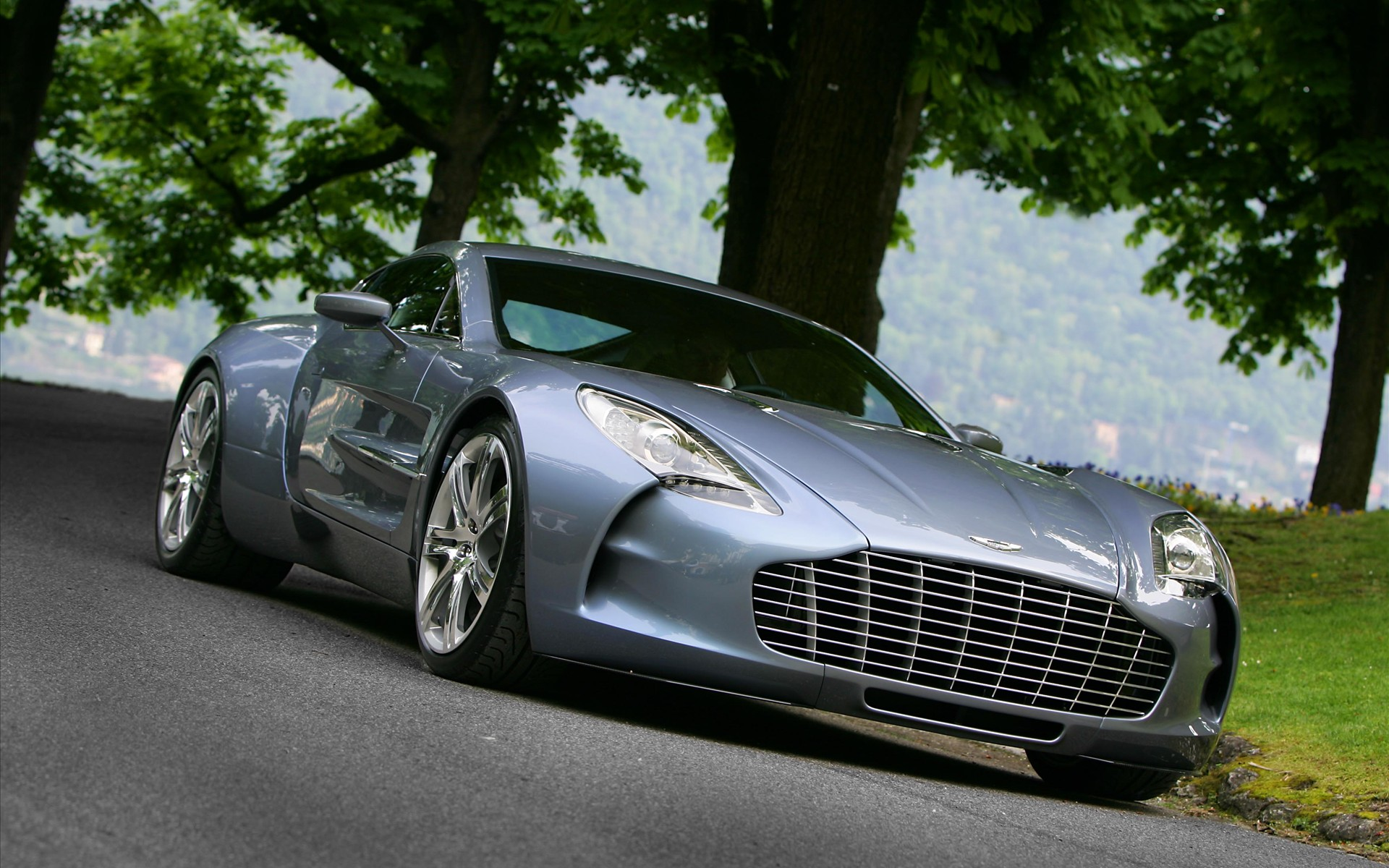 Aston Martin One 77 201.99 Kb