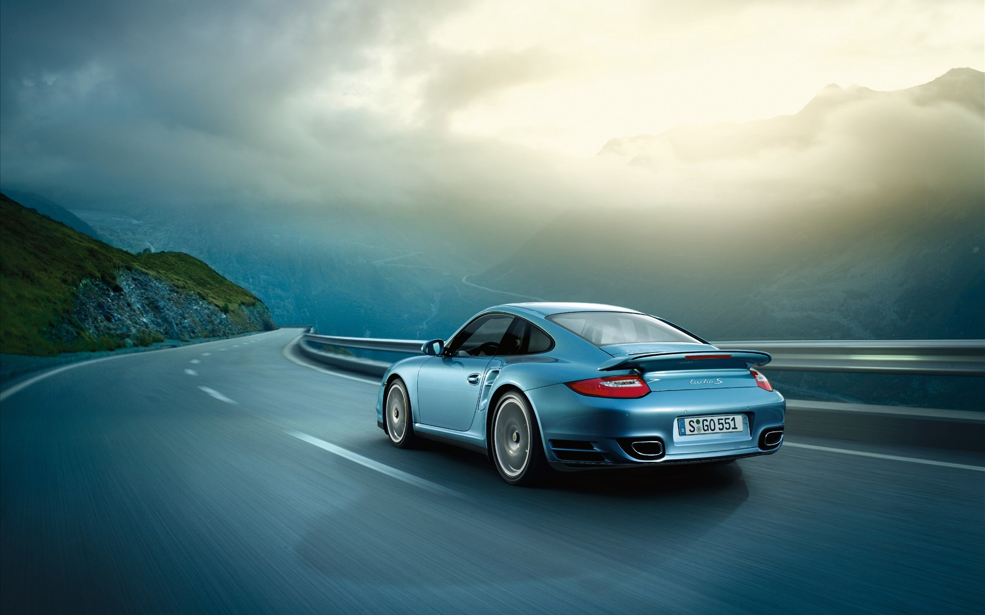 2011 Porsche 911 Turbo S 2 169.38 Kb
