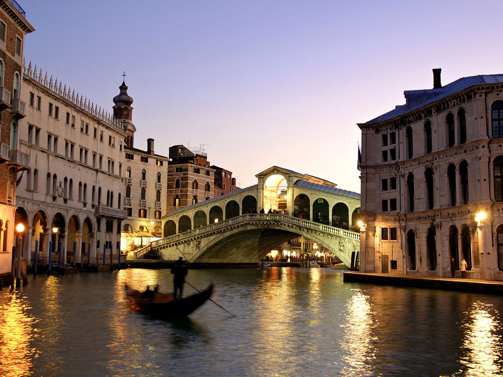 Rialto Bridge Grand Canal Italy 706.96 Kb