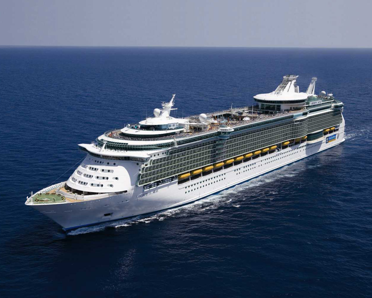 Royal Caribbean Expensive Ship 281.41 Kb