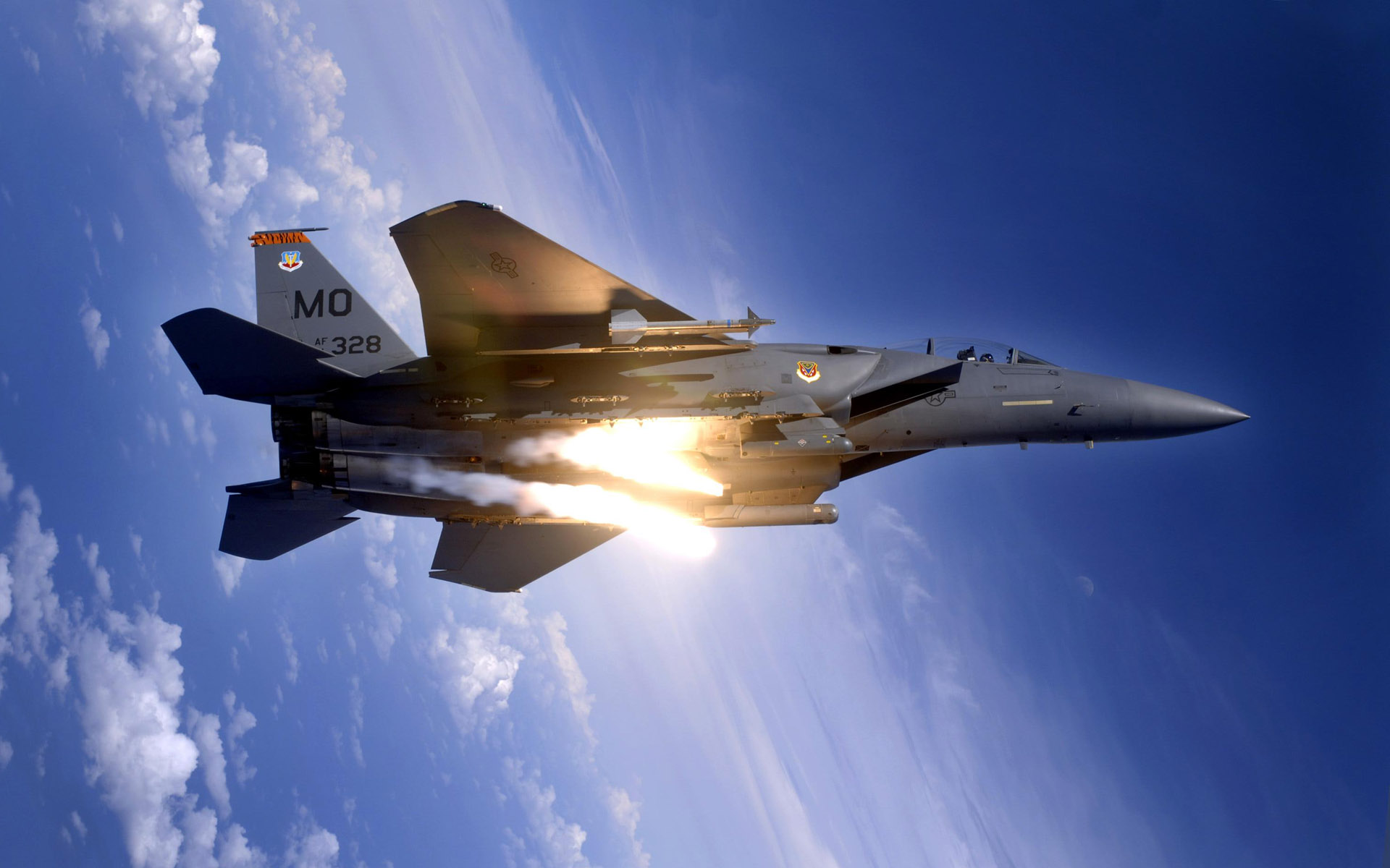 F 15E Strike Eagle Pops Flares