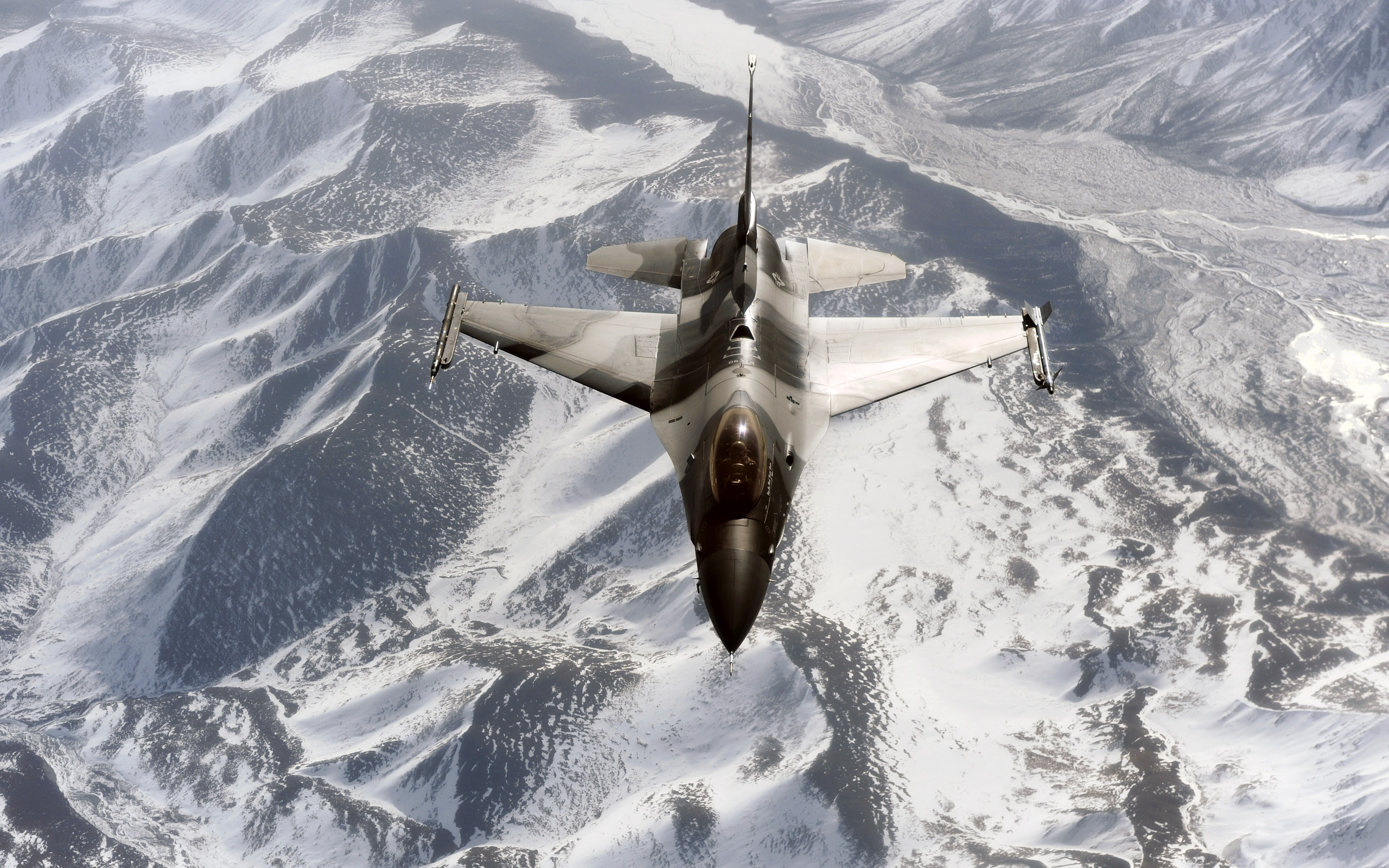F 16 Aggressor Over the Joint Pacific Alaskan Range