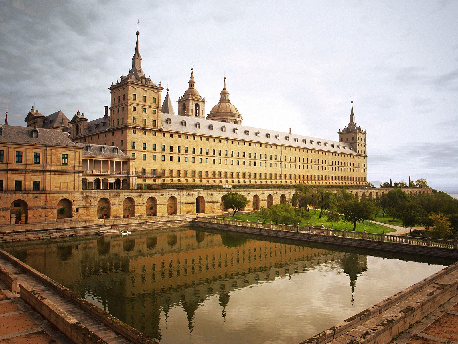 Escorial Monastery Spain 655.23 Kb
