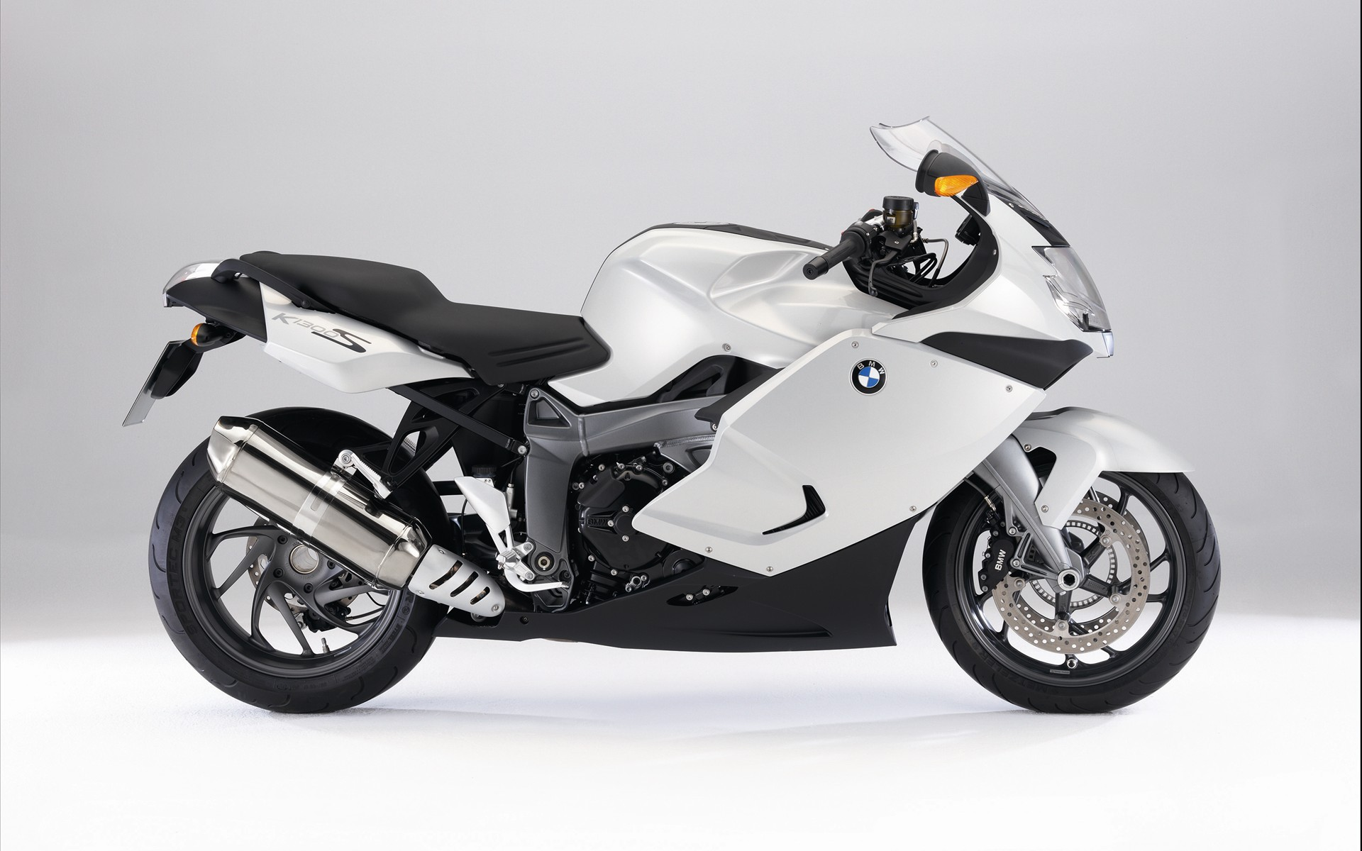 BMW K 1300 S White 152.23 Kb