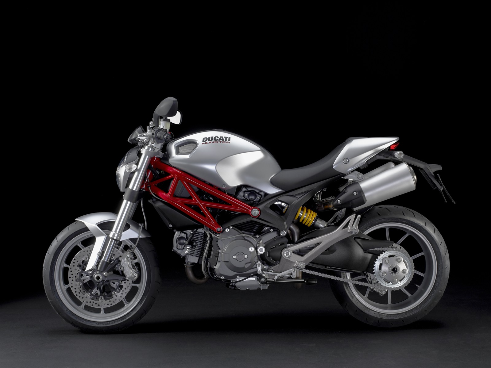 Ducati Monster 1100 Metallic Mix 1728.02 Kb