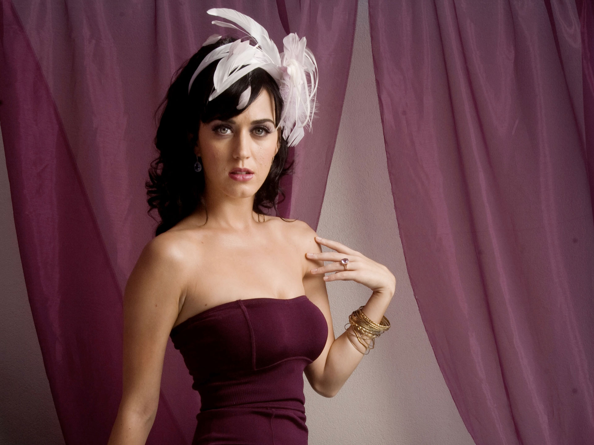 Katy Perry 26 485.25 Kb