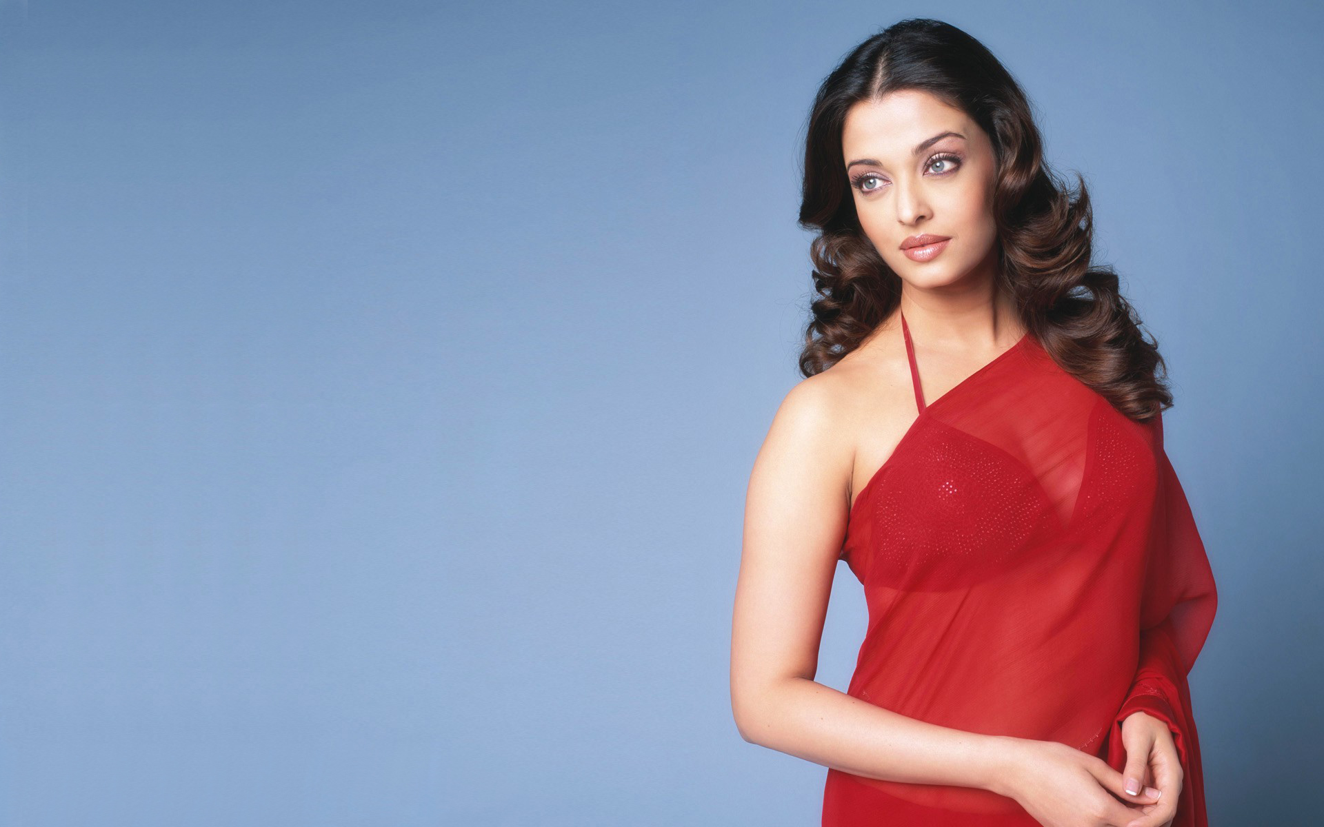 Aishwarya rai Transparent Red Saree 283.92 Kb