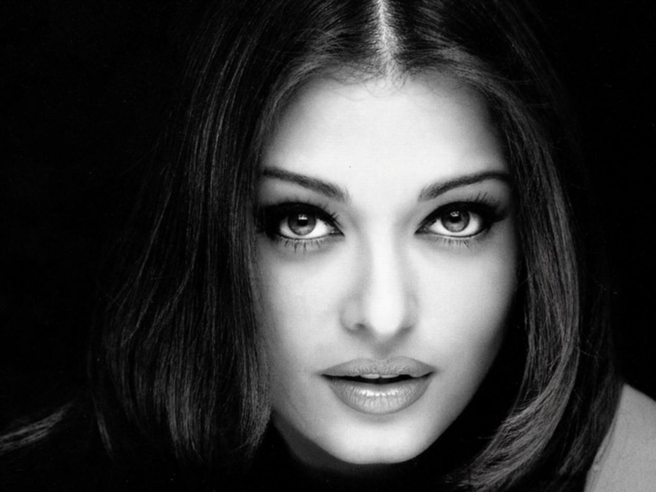 Aishwarya Rai Black & White