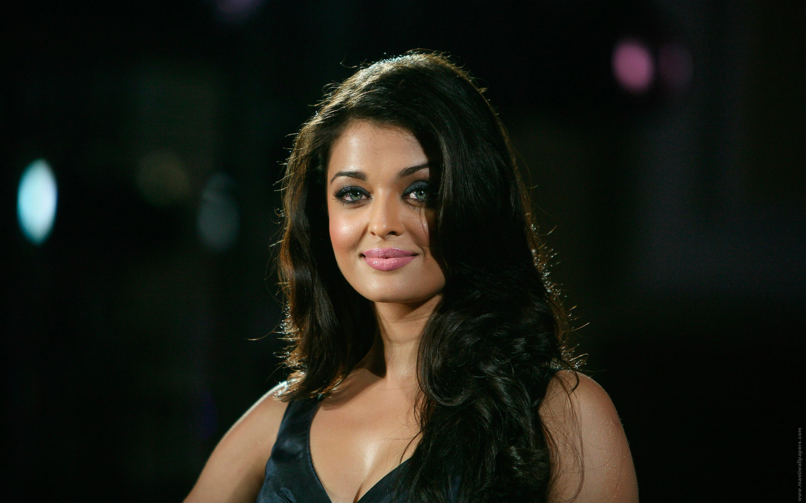 Aishwarya Rai  Wide Screen