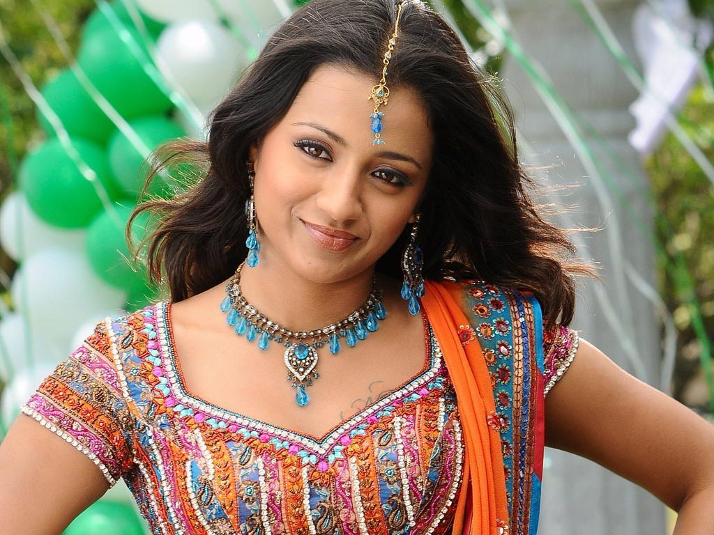 Trisha in Telugu Movie 543.93 Kb