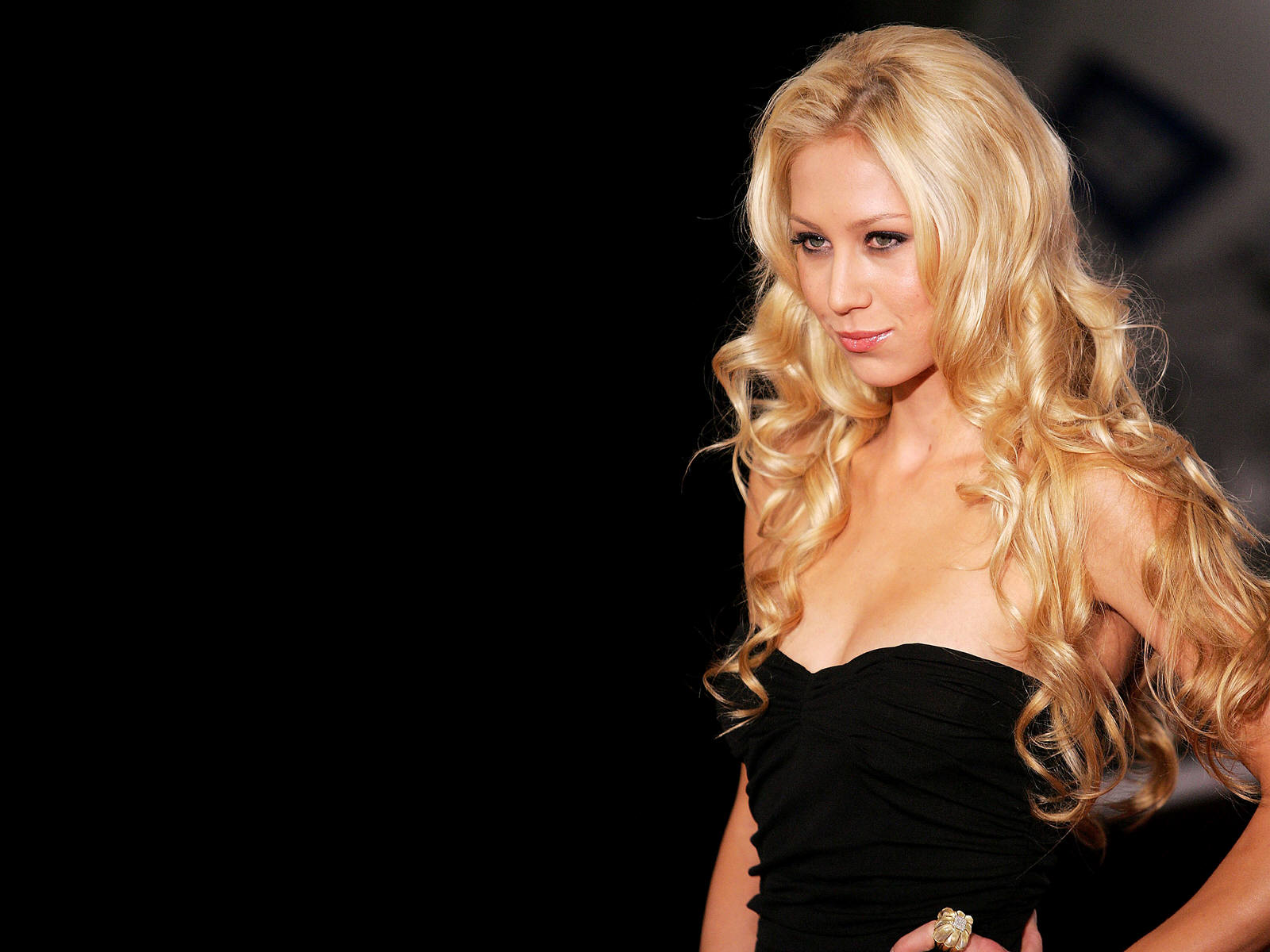 Anna Kournikova Wallpaper Download Anna Kournikova Wallpaper .