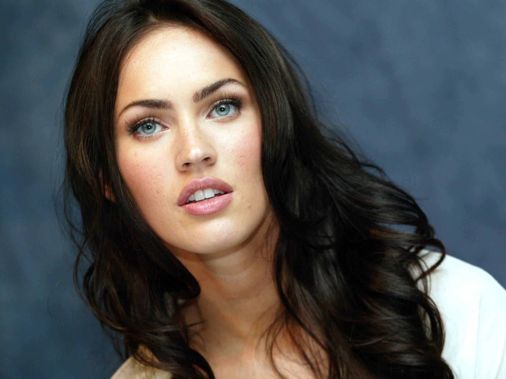 Megan Fox (10) 471.85 Kb
