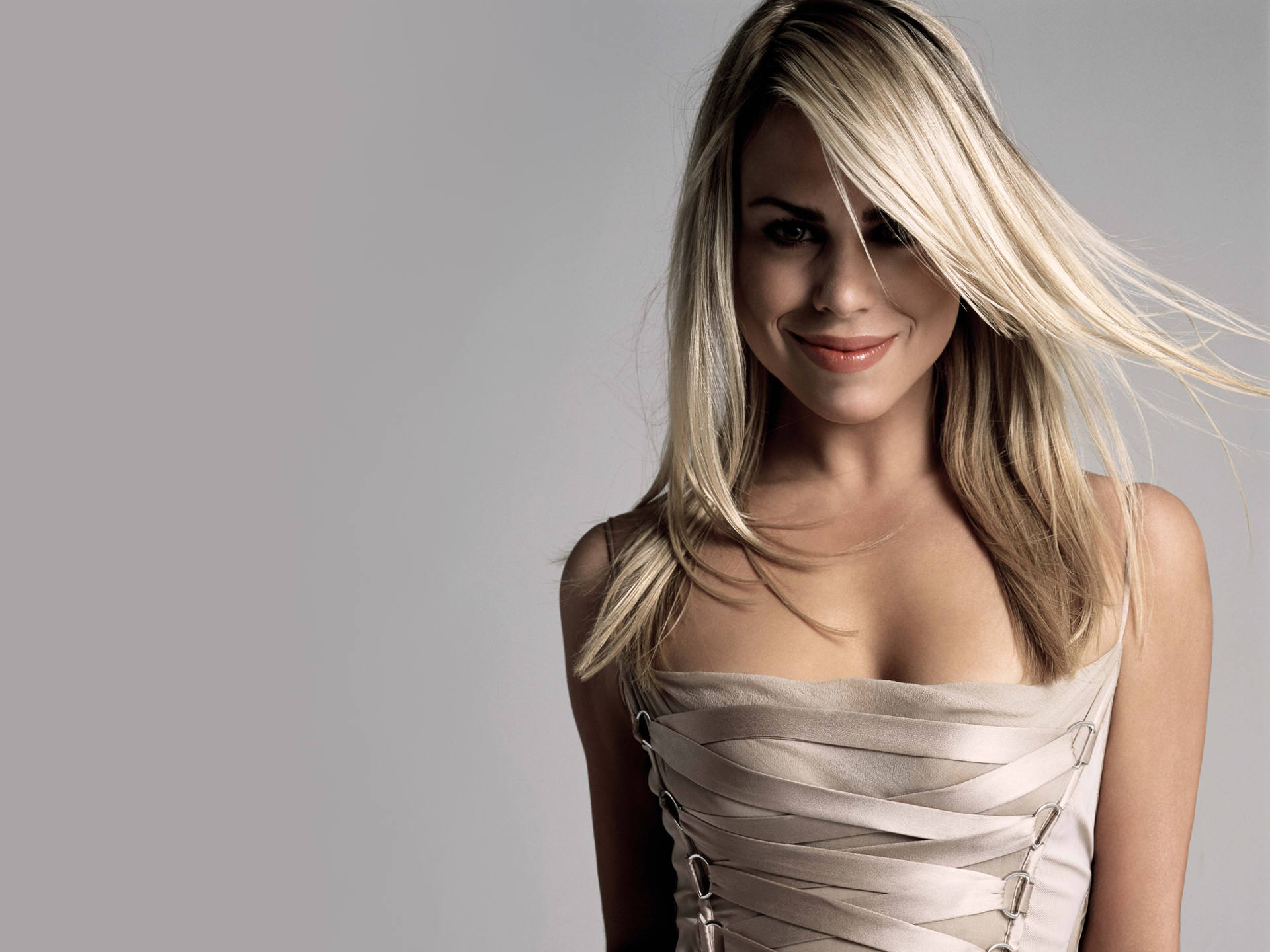 Billie Piper (66)