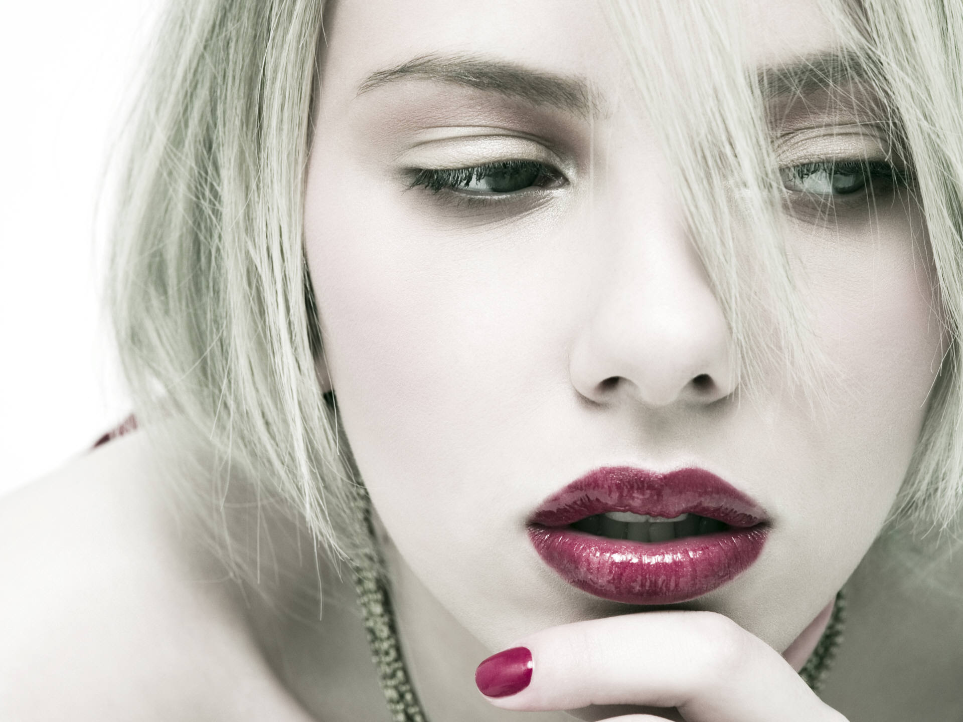 Scarlett Johansson Beautiful Lips
