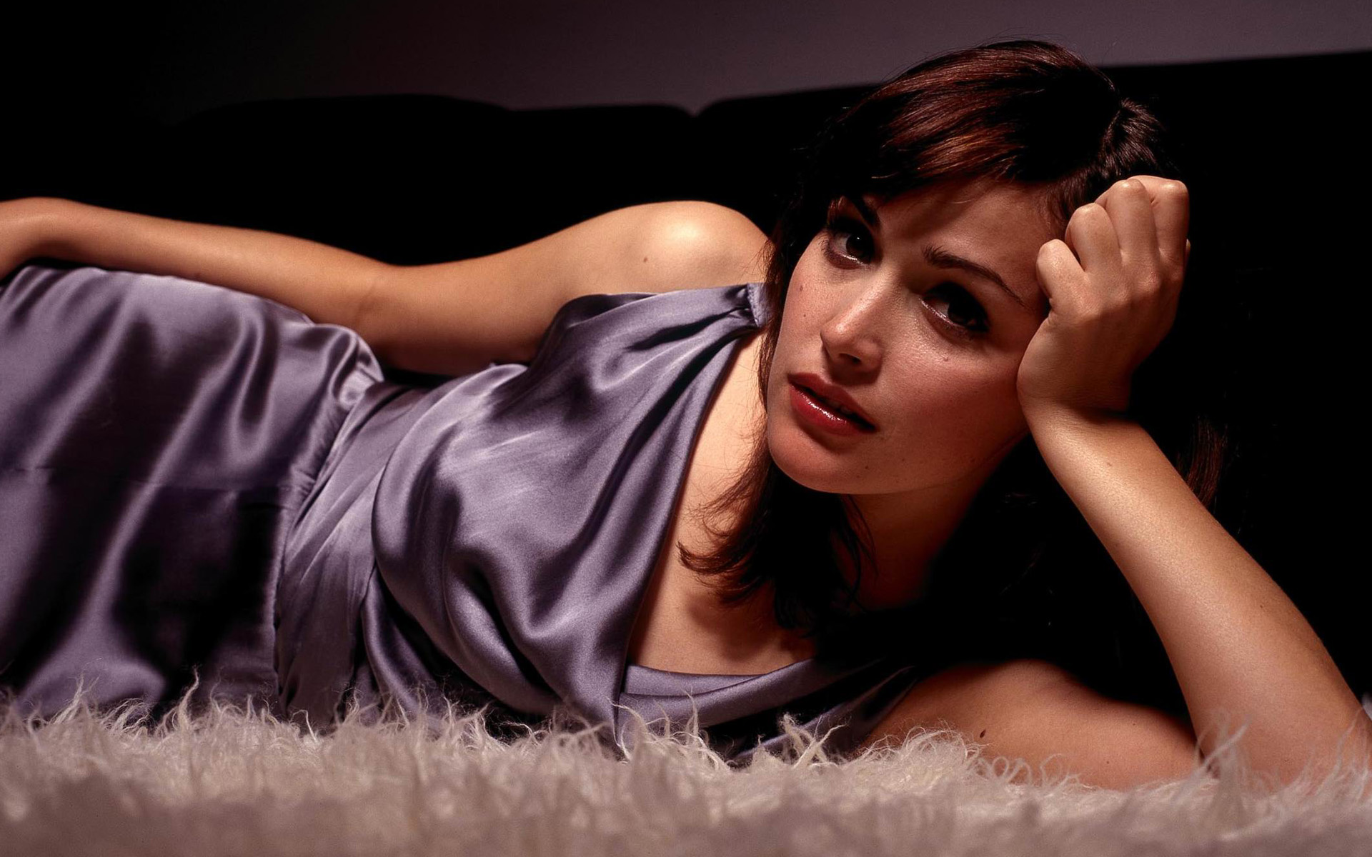 Rose Byrne Wide
