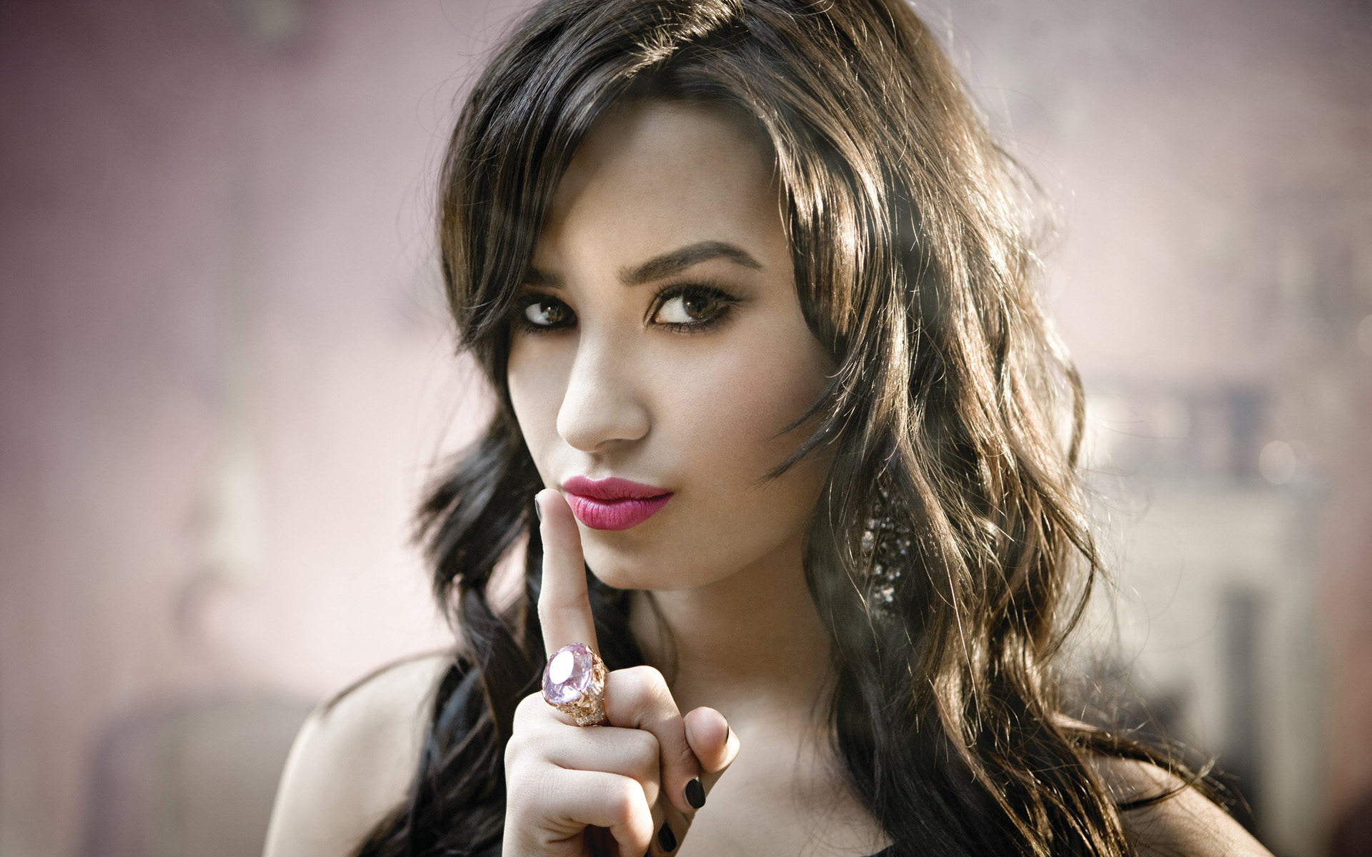 Demi Lovato in Here We Go Again 623.75 Kb