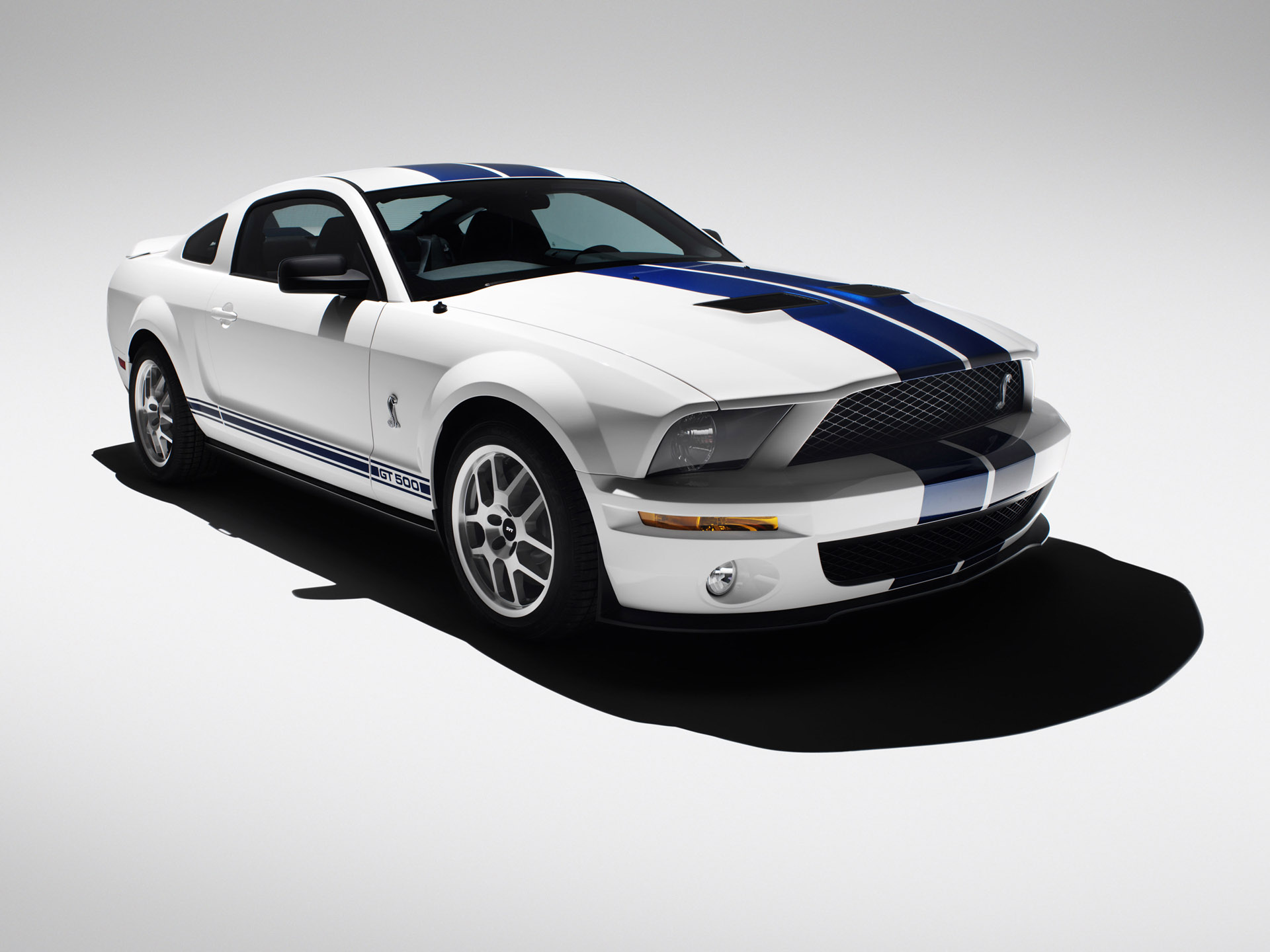 2007 Ford Shelby GT500 White 540.52 Kb