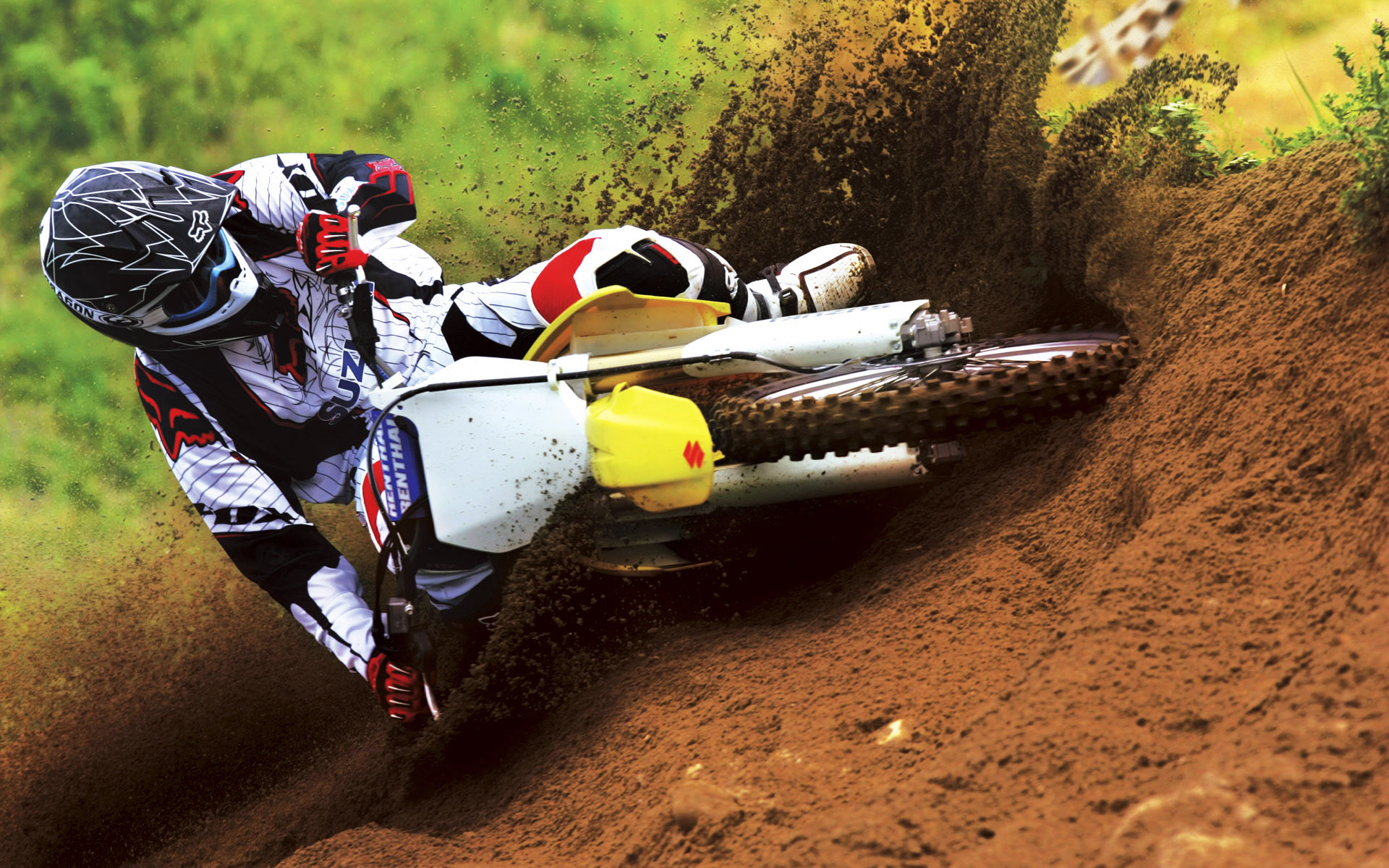 Suzuki Motocross Bike Race 4232441 1920x1200 All For Desktop