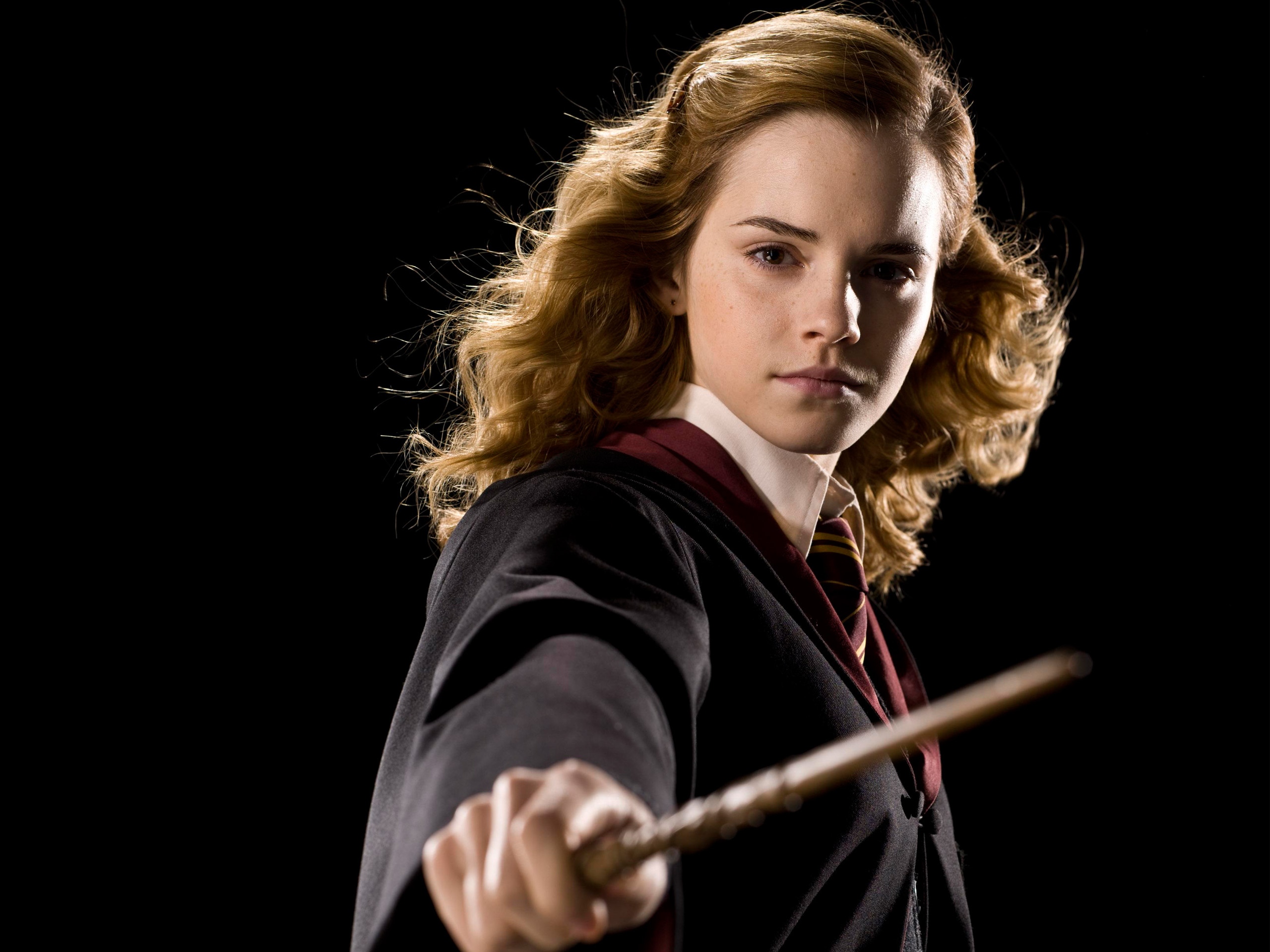 Emma Watson in Harry Potter (4) 726.65 Kb