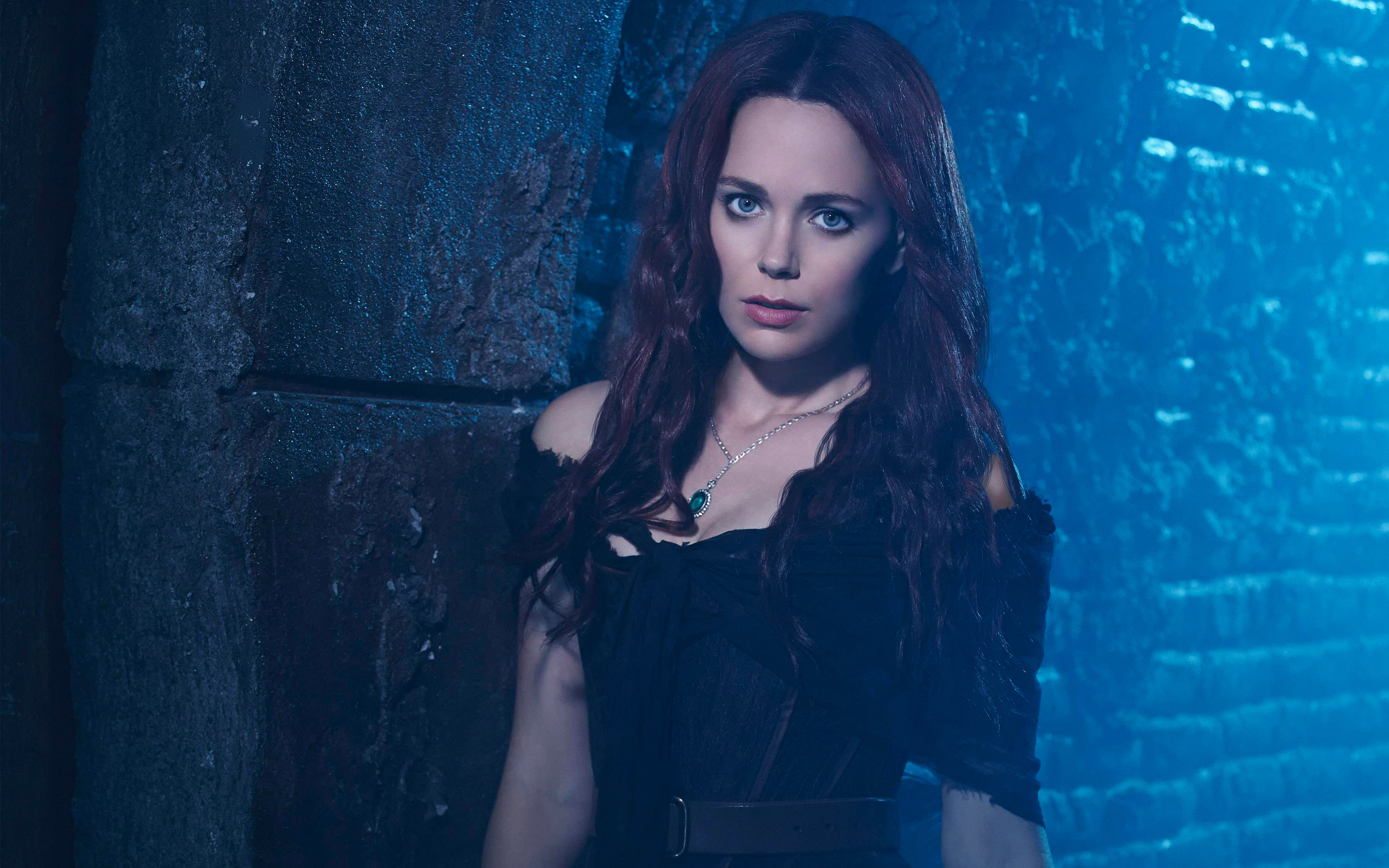 Katia Winter 561.74 Kb