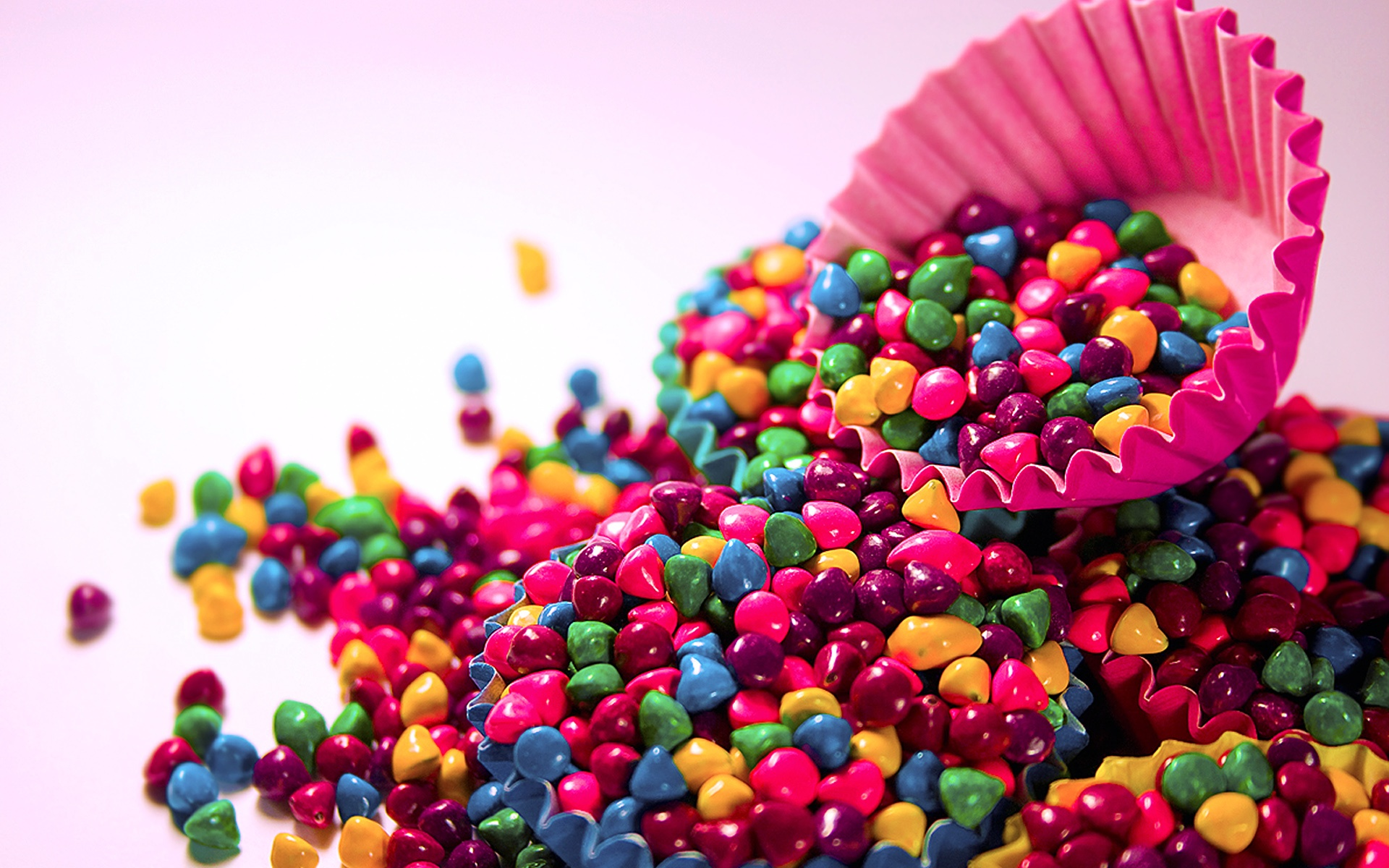 Colorful Wallpapers, Candies in a Cupcake 762.36 Kb