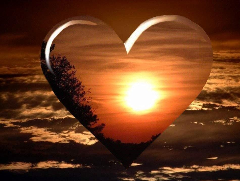 Sunset in a Transparent Heart, Images Of Love 232.02 Kb