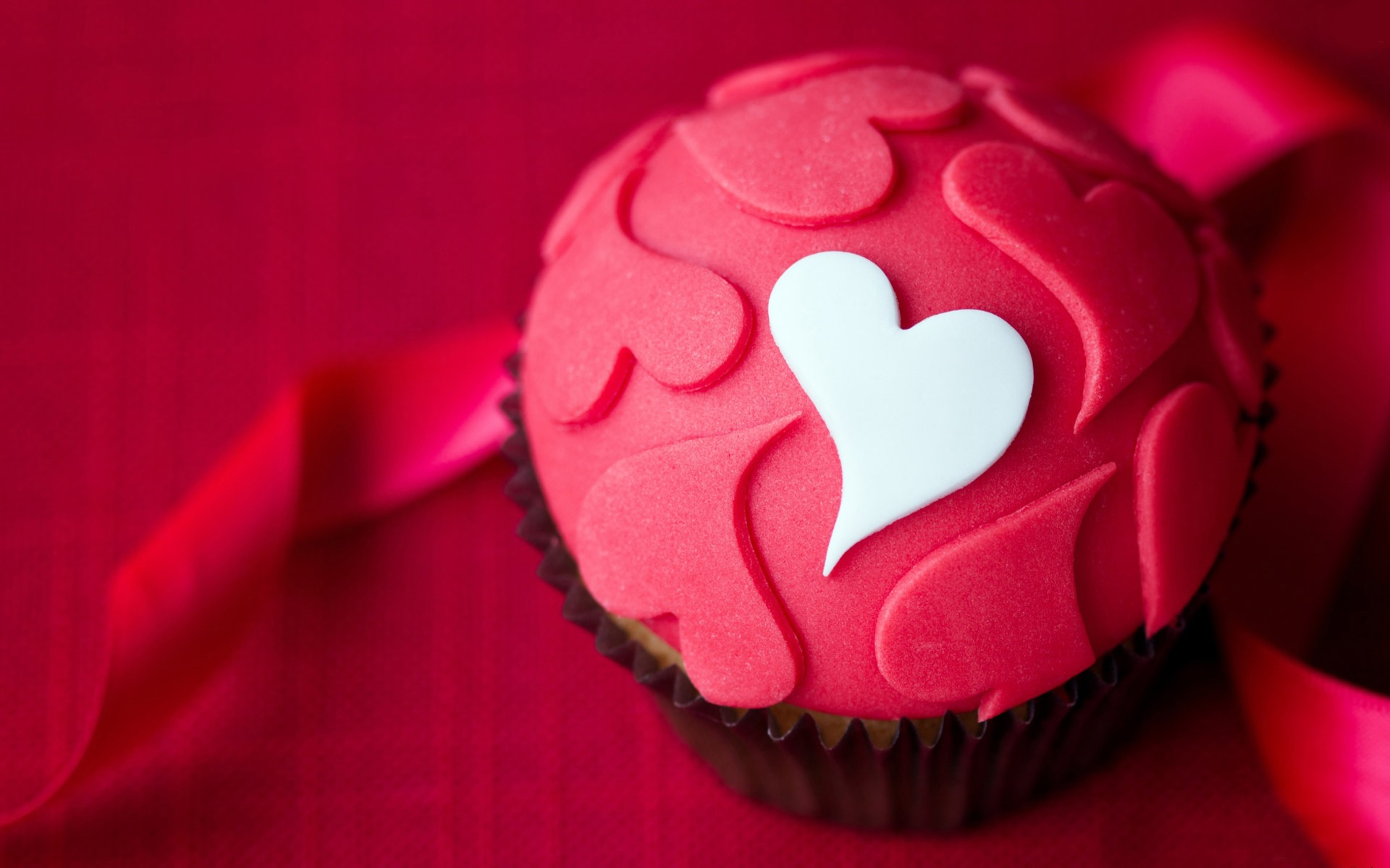 Images Of Love, Tasty Cupcake with Hearts