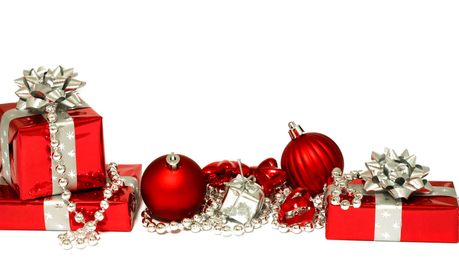 Images Of Christmas Red and Silver Decorations