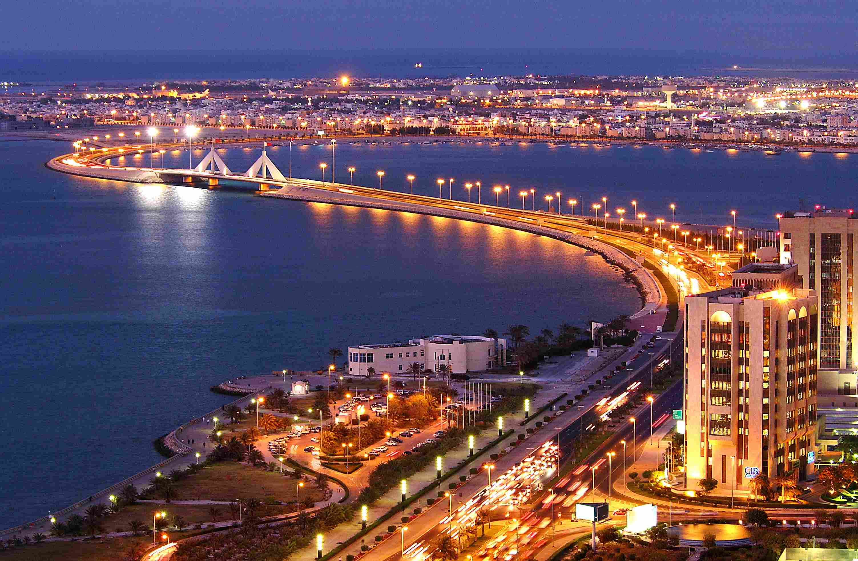 City Evening Lights in Bahrain  1390.12 Kb