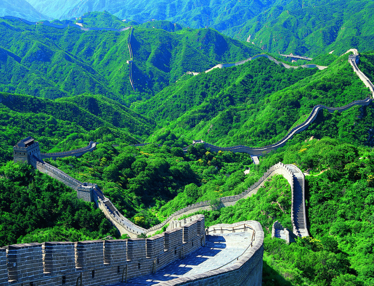The View on a Great Wall in China 449.01 Kb