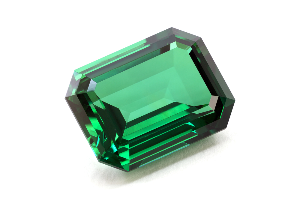 Green Emerald Stone 1101.42 Kb
