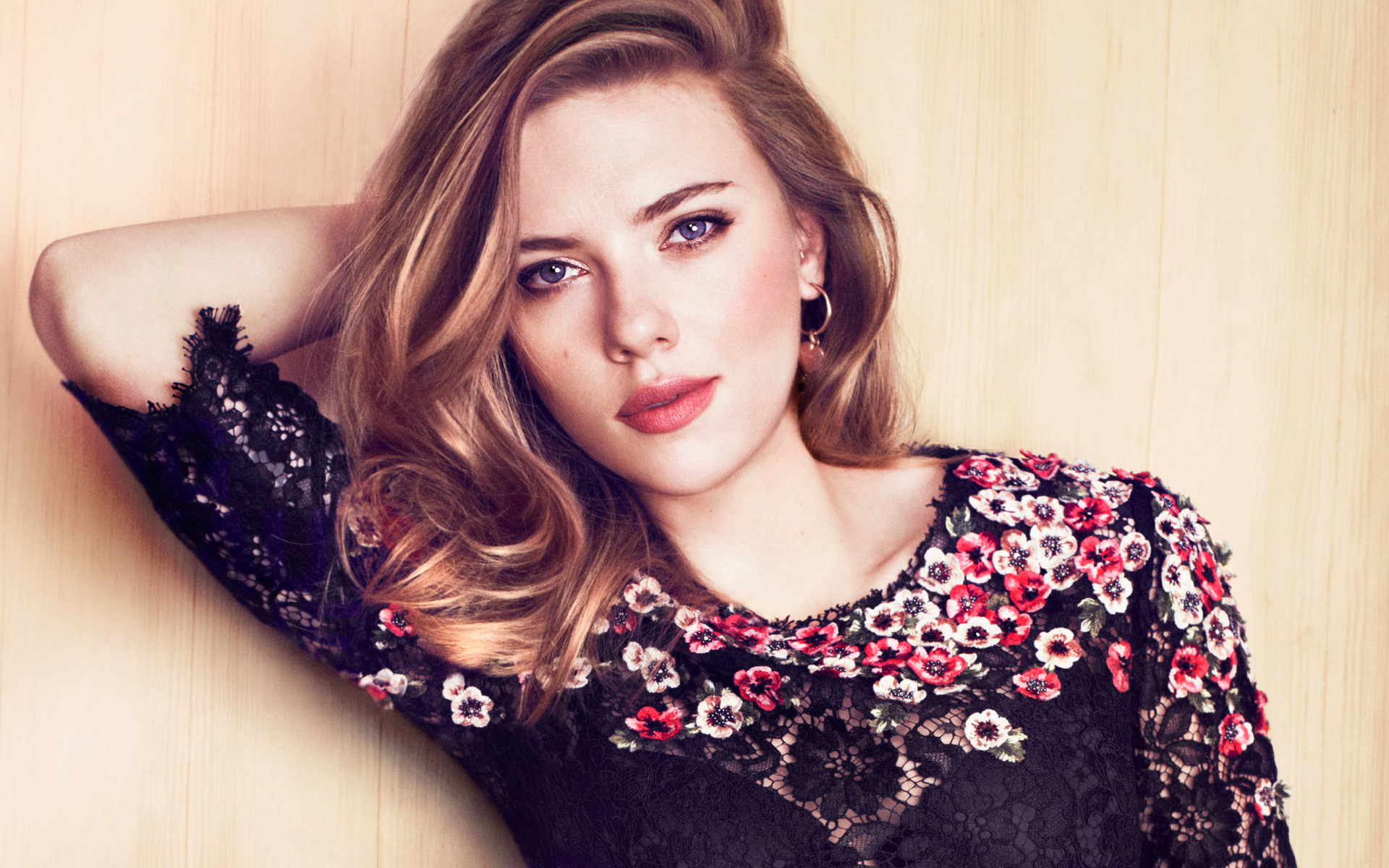 Scarlett Johansson Face Photoshoot