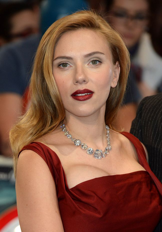 Scarlett Johansson Red Evening Dress