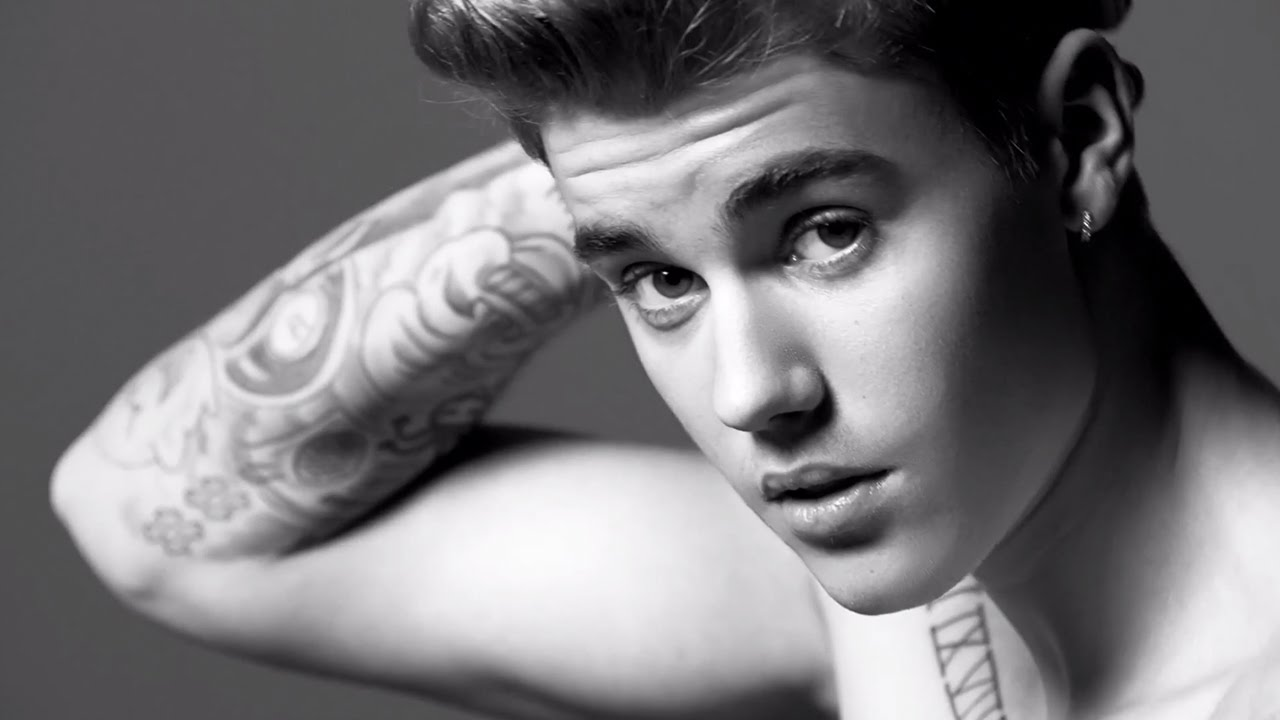 Black and White Justin Bieber  531.93 Kb
