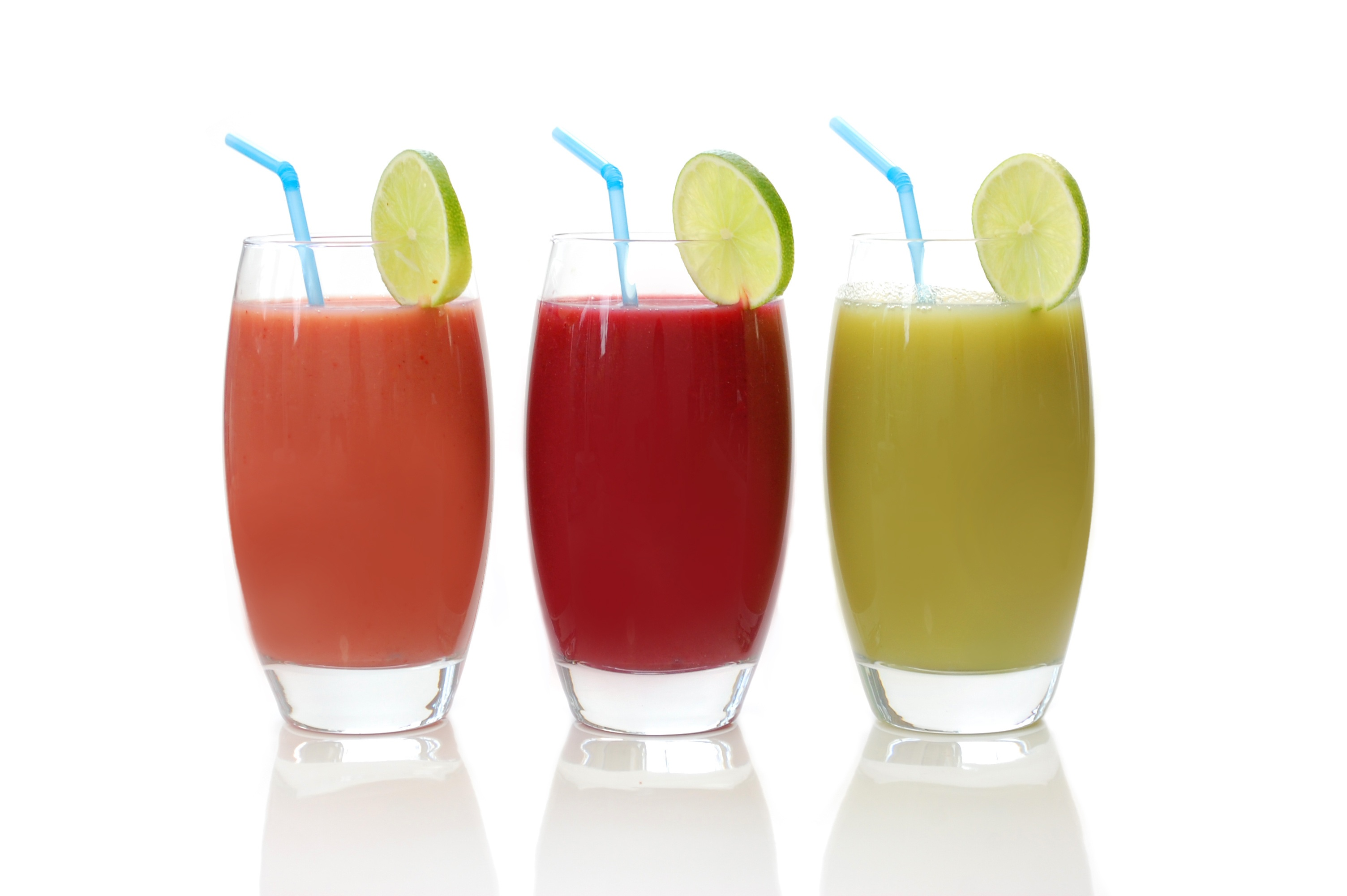 Juice with Lime Garnish 4460.89 Kb