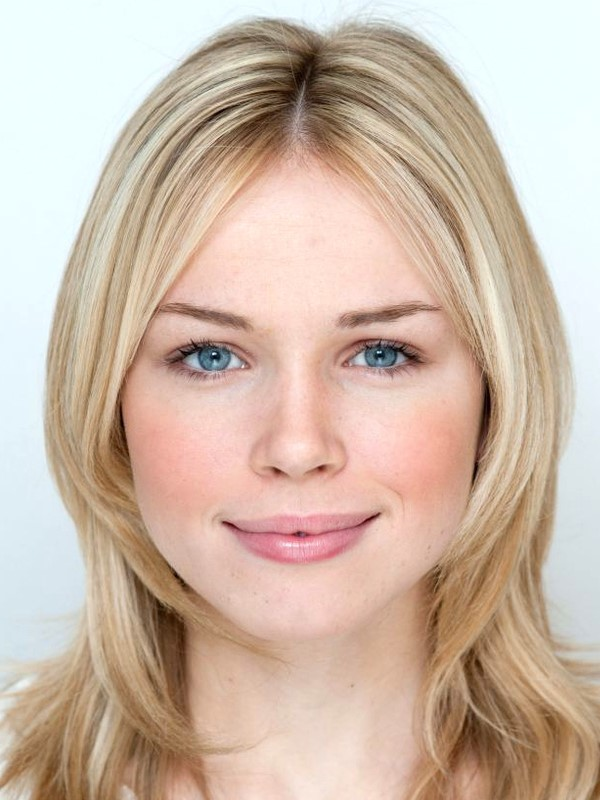 Blonde Actress Face 556.22 Kb