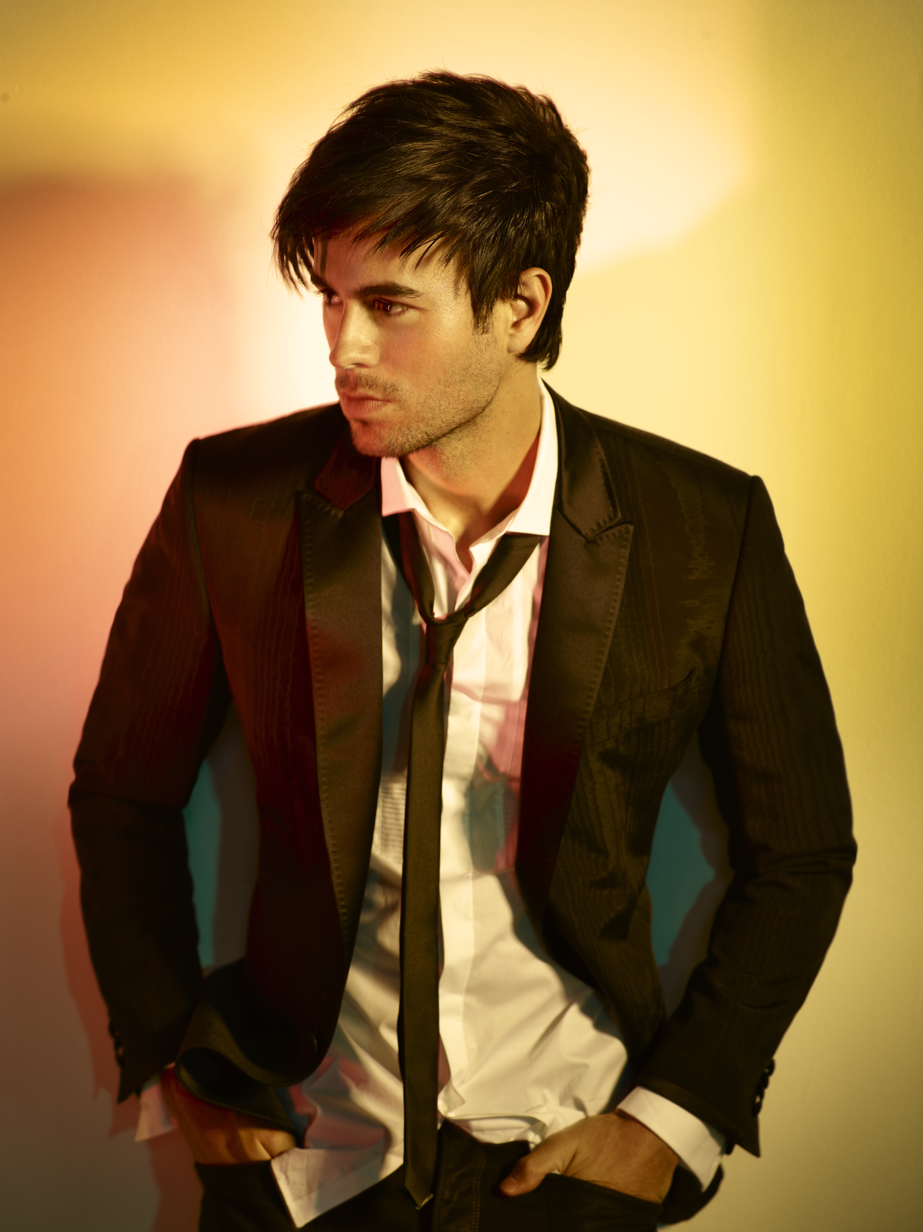 Enrique Iglesias Songwriter and Actor 56.83 Kb