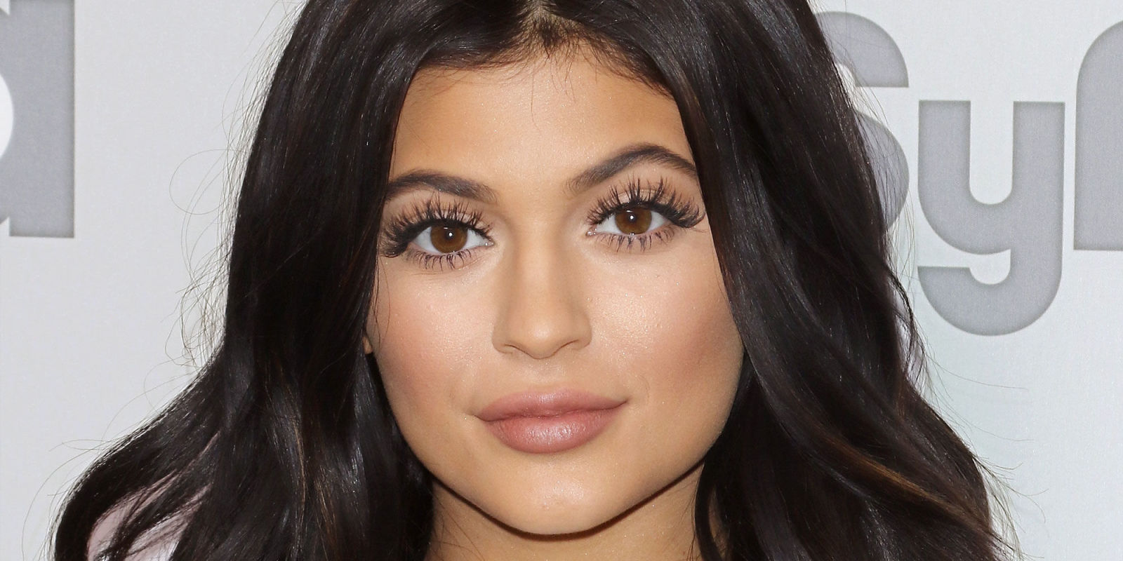 Kylie Jenner Long Eyelashes